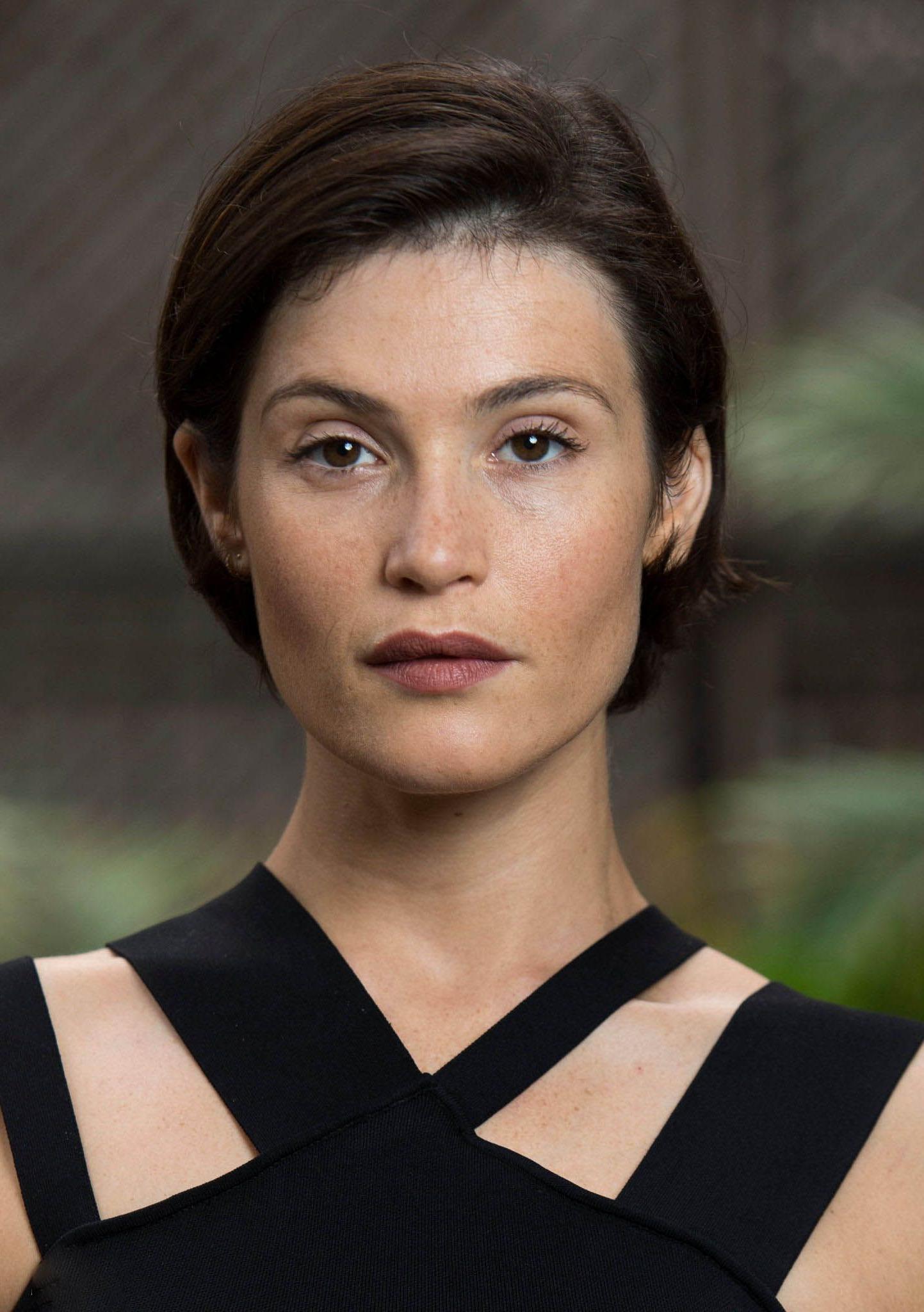 Gemma Arterton '' The Escape '' Portraits At The Toronto Regarding Short Haircuts For High Cheekbones (View 17 of 25)