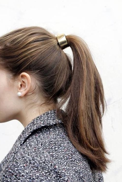 Gold Hair Tie And Pearls. This Accessorizing Is Perfect. | Best Of Pertaining To Sleek Ladylike Ponytail Hairstyles (Gallery 11 of 25)