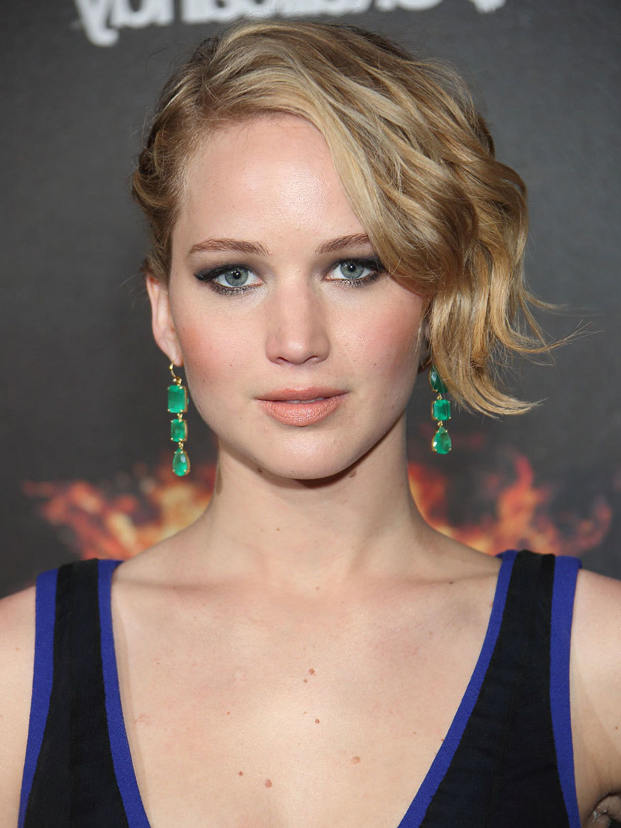 Grow Out Your Hair Like J Law with regard to Jennifer Lawrence Short Haircuts