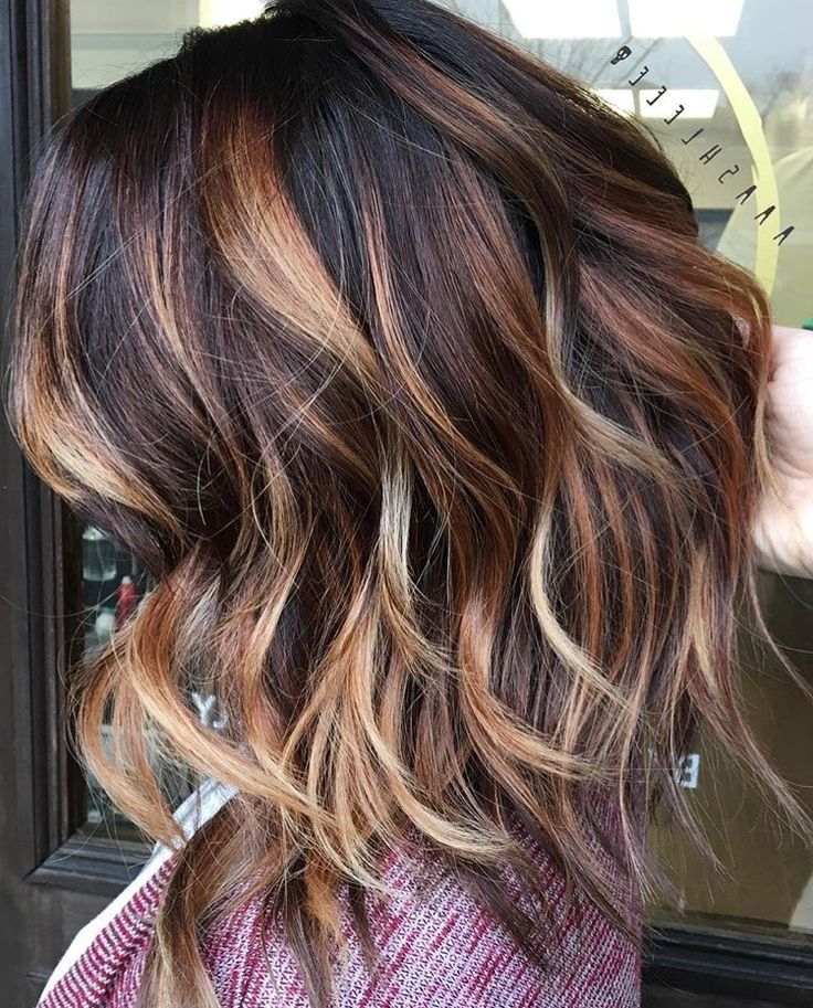 Hair Color Trends 2017/ 2018 – Highlights : Dark Brown With Caramel For Dirty Blonde Pixie Hairstyles With Bright Highlights (View 18 of 25)