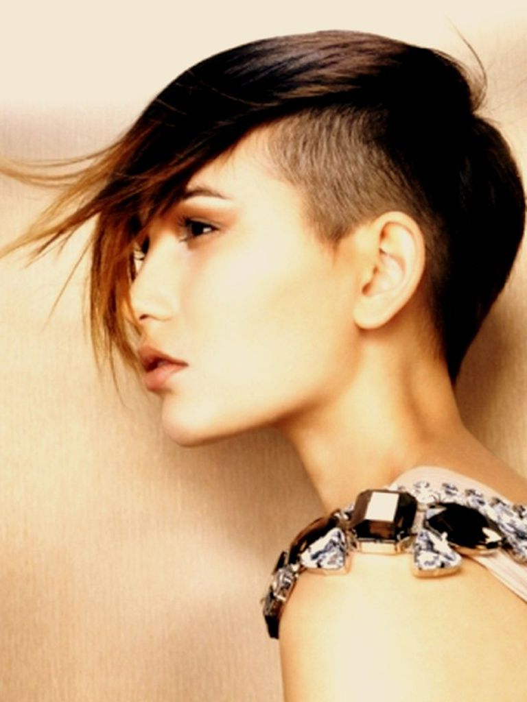Hair Shaved On Sides Long On Top Woman | Mohawk Hairstyle Women With Short Hairstyles Shaved Side (View 24 of 25)