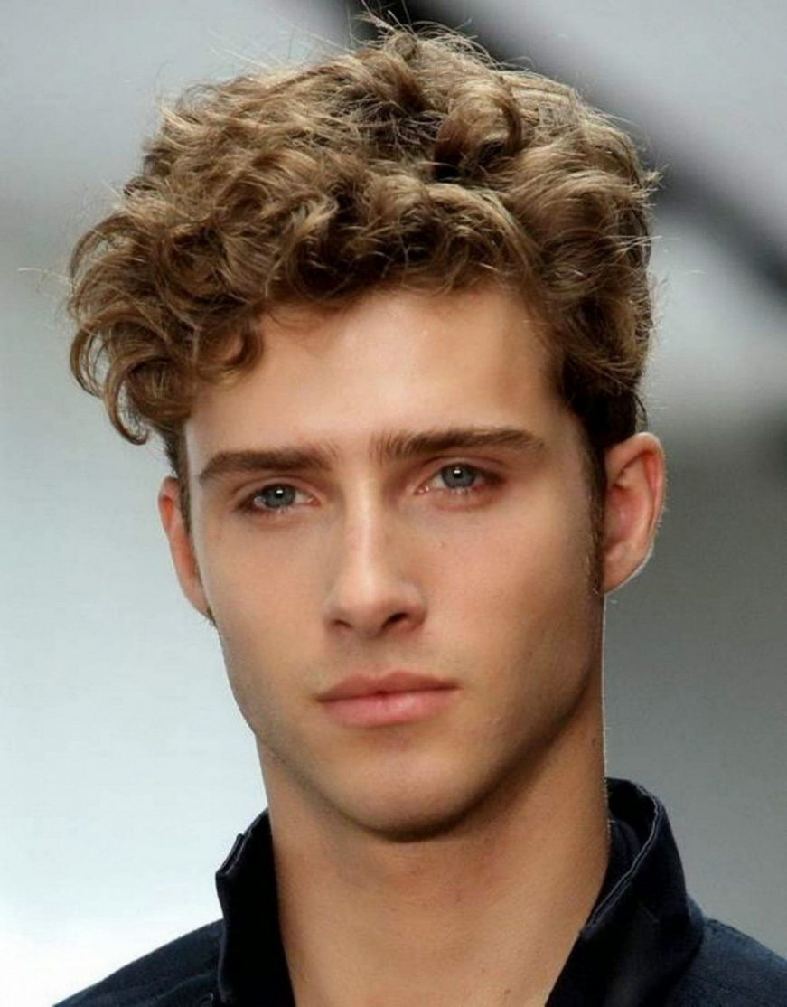 Haircut For Curly Hair Oval Face Male | Hairstyles And Haircuts Within Short Haircuts For Oblong Face (View 20 of 25)