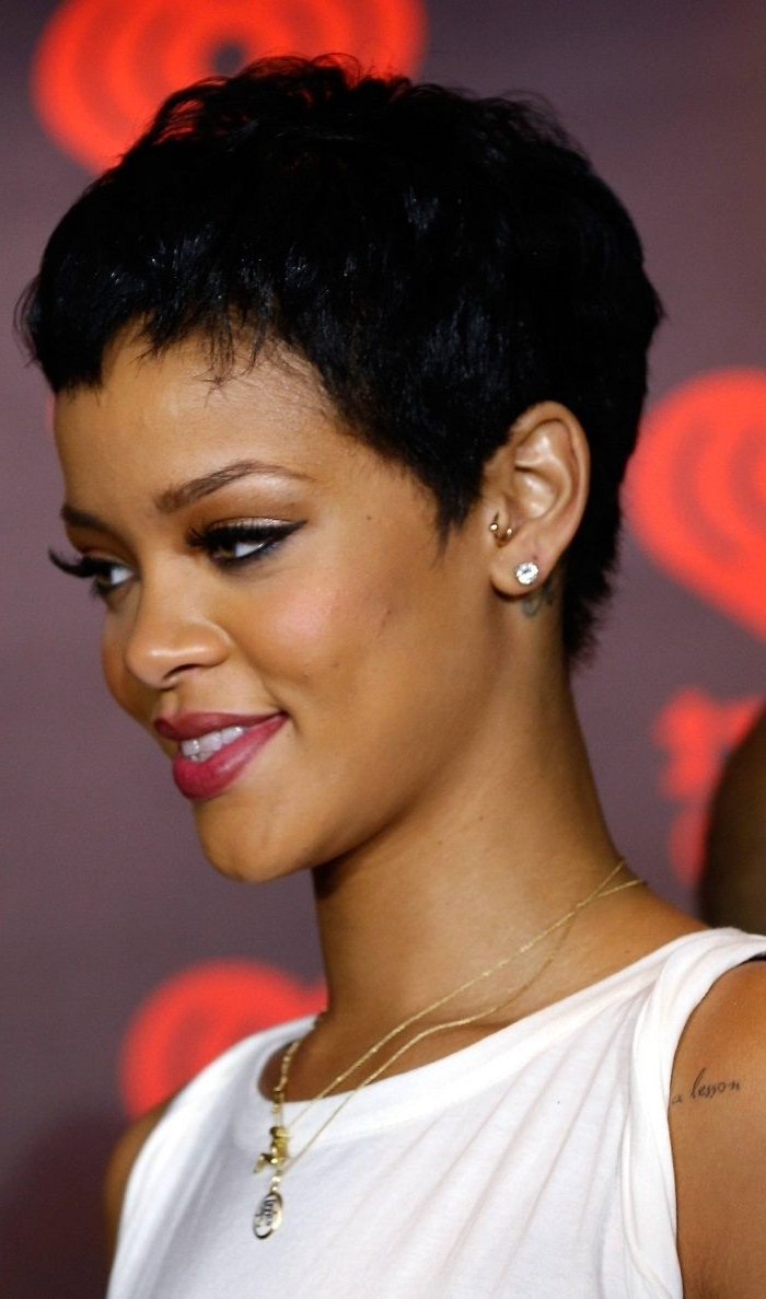 Hairstyle For Round Face Black Hair Intended For Short Haircuts For Round Faces Black Hair (View 13 of 25)