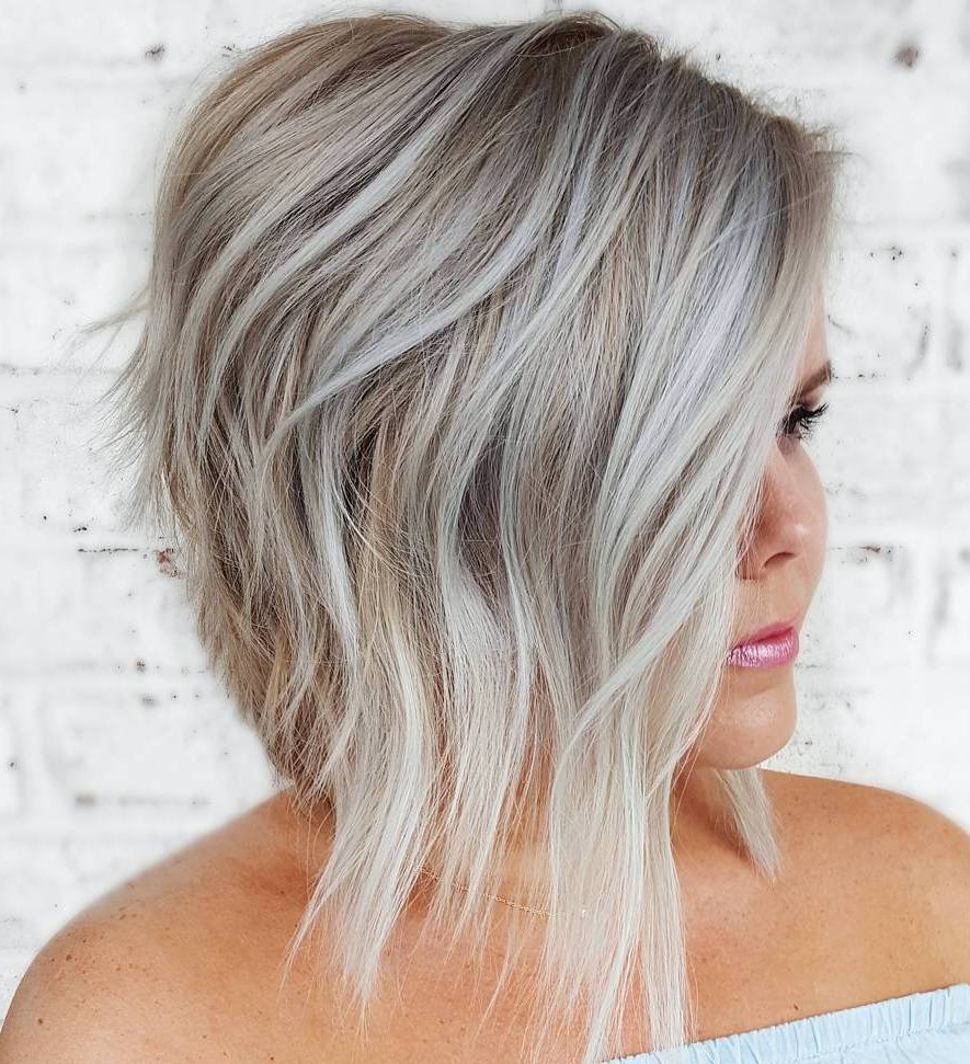 Hairstyles For Full Round Faces – 60 Best Ideas For Plus Size Women With Flattering Short Haircuts For Fat Faces (View 18 of 25)