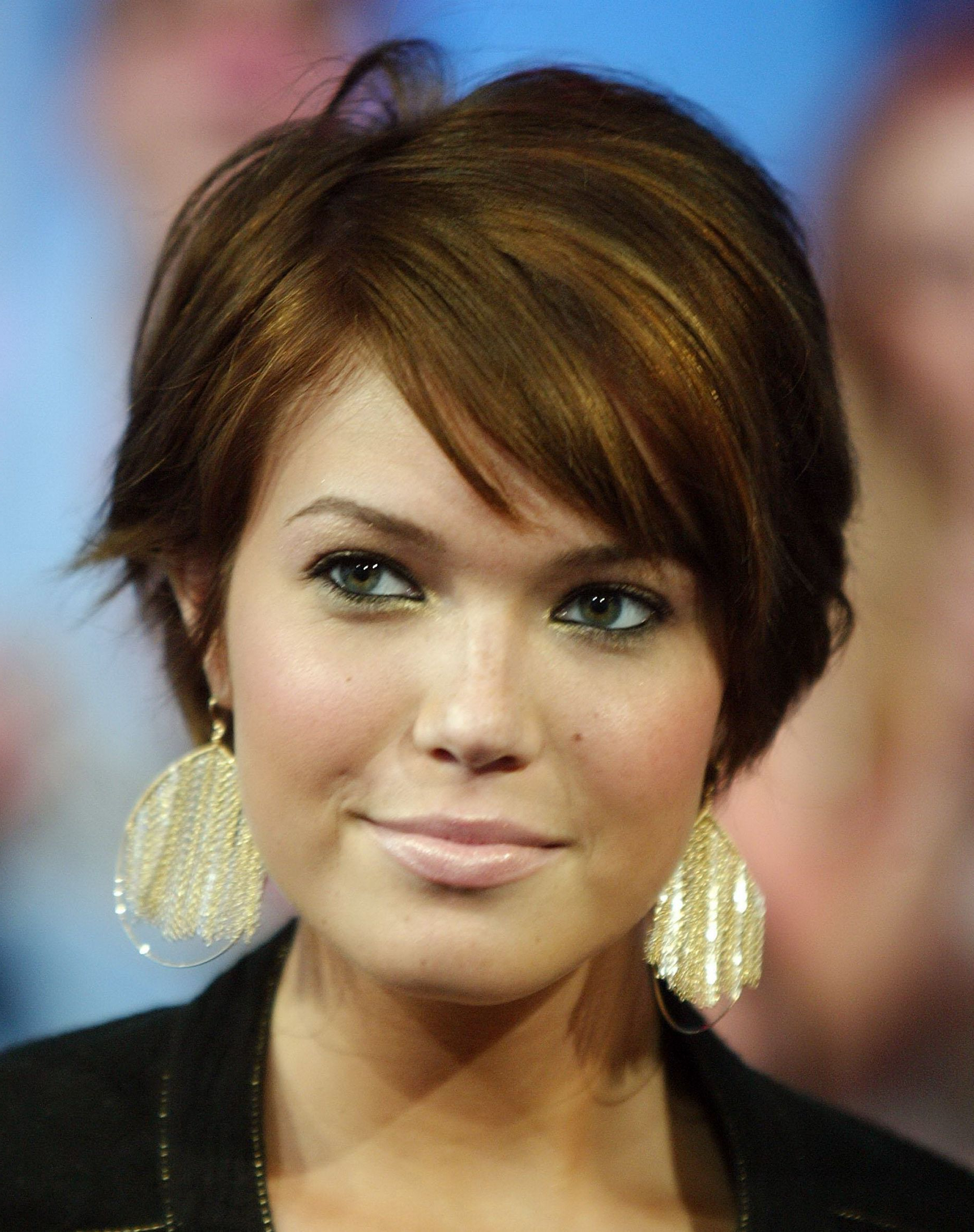 Hairstyles For Older Women With Long Faces Short Hairstyles For Throughout Short Hairstyles For Thick Hair And Long Face (View 2 of 25)