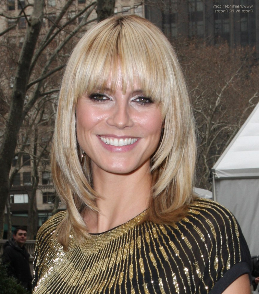 Heidi Klum With Her Hair Cut Just Over The Shoulders Throughout Heidi Klum Short Haircuts (View 9 of 25)