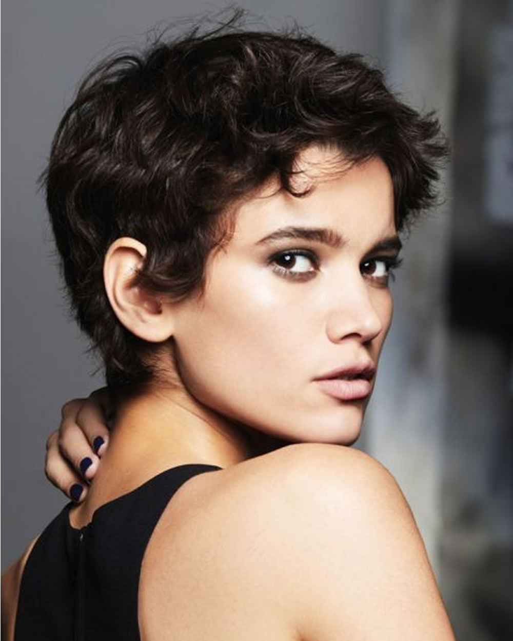 Hey Ladies! Best 13 Short Haircuts For Round Faces Inspirations You In Short Haircuts For Round Face Women (View 4 of 25)