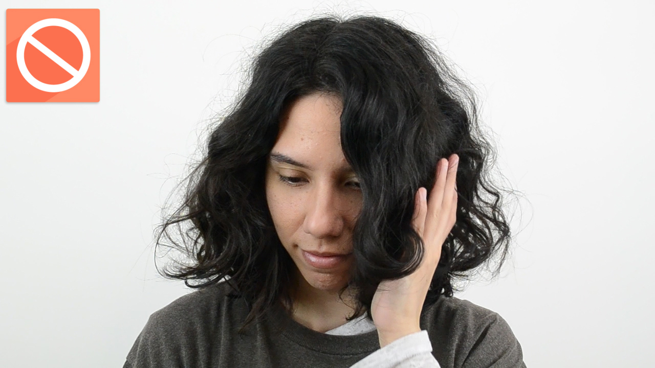 How To Blow Dry Curly Hair With A Diffuser: 14 Steps In Blow Dry Short Curly Hair (View 10 of 25)