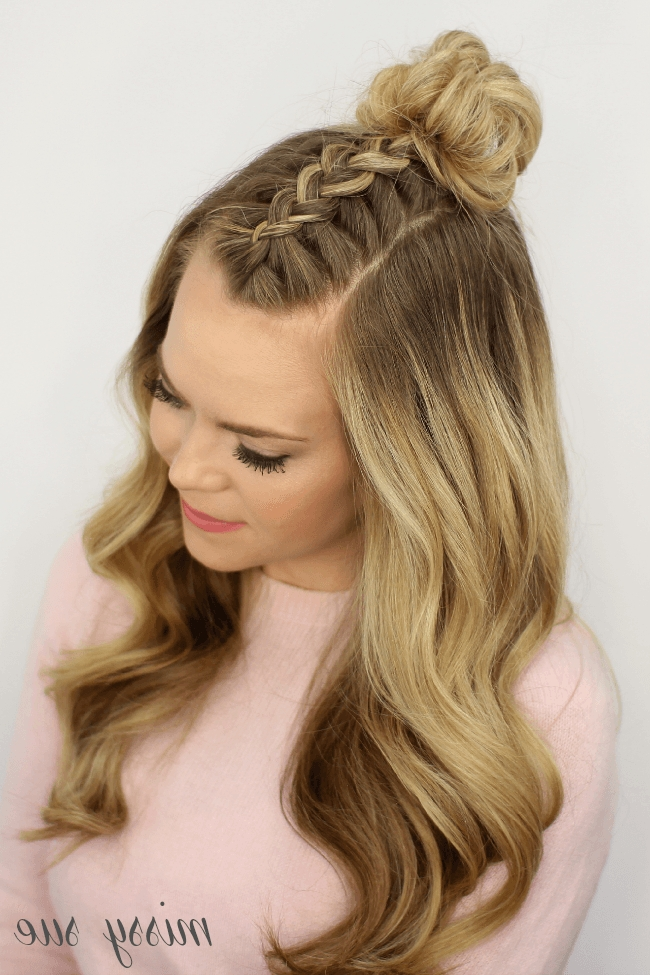 How To Make Mohawk Braid Top Knot Hairstyle With Regard To Pony And Dutch Braid Combo Hairstyles (View 14 of 25)