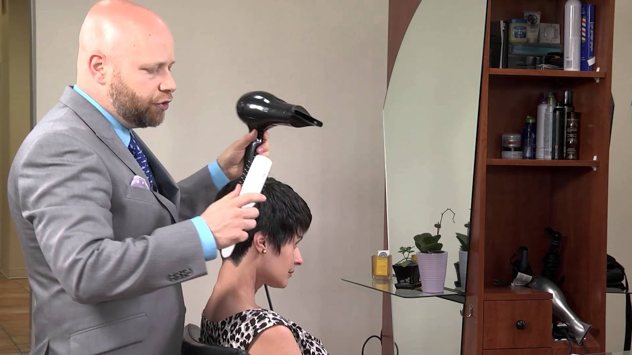 How To Style Hair Like Kris Jenner : Hair & Grooming Tips – Youtube Inside Short Haircuts Kris Jenner (View 17 of 25)