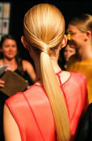 How To: The Elegant V Shaped Ponytailantoinette Beenders With Regard To Elegant Ponytail Hairstyles For Events (View 25 of 25)