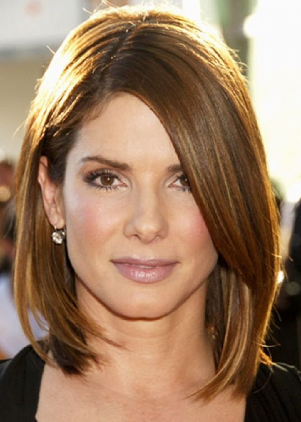 Image Result For Medium Short Hairstyles For Thin Face And Straight Intended For Medium To Short Haircuts For Thin Hair (View 6 of 25)