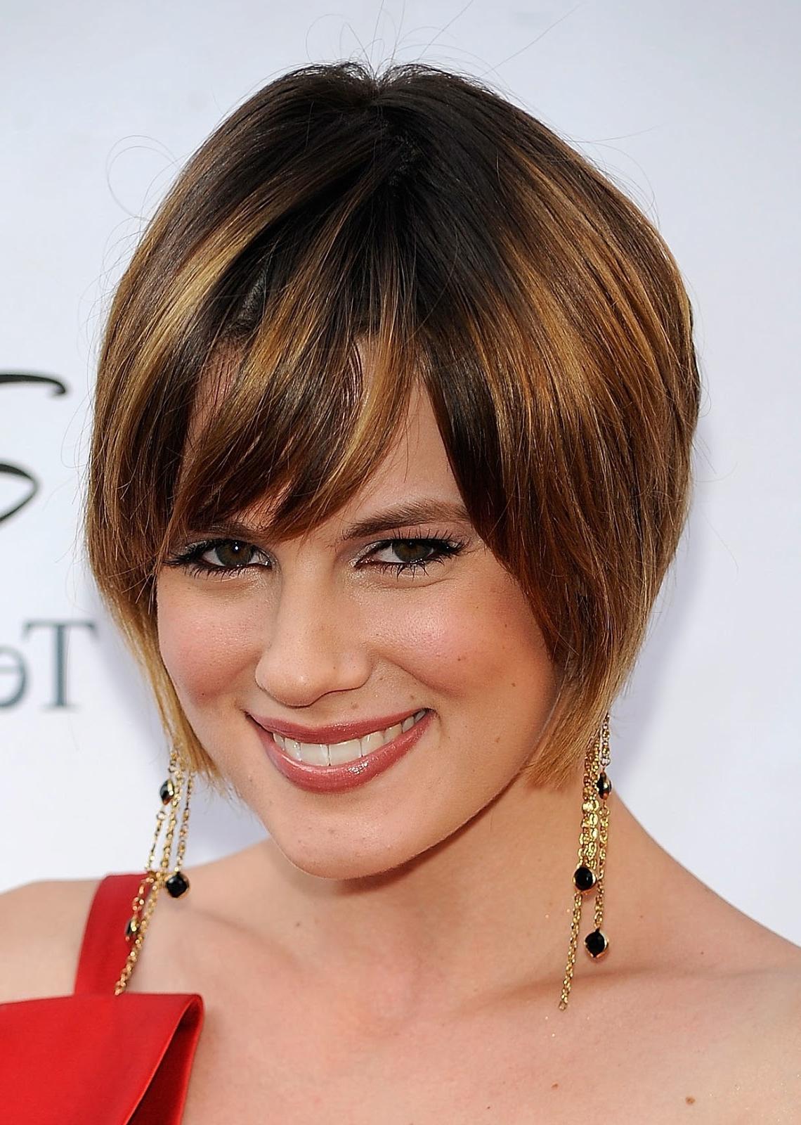 Inverted Short Bob Haircuts Pertaining To Inverted Short Haircuts (View 23 of 25)