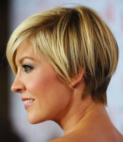Jenna Elfman Short Hairstyle: Cute Layered Short Bob Cut With Bangs for Layered Pixie Hairstyles With Nape Undercut