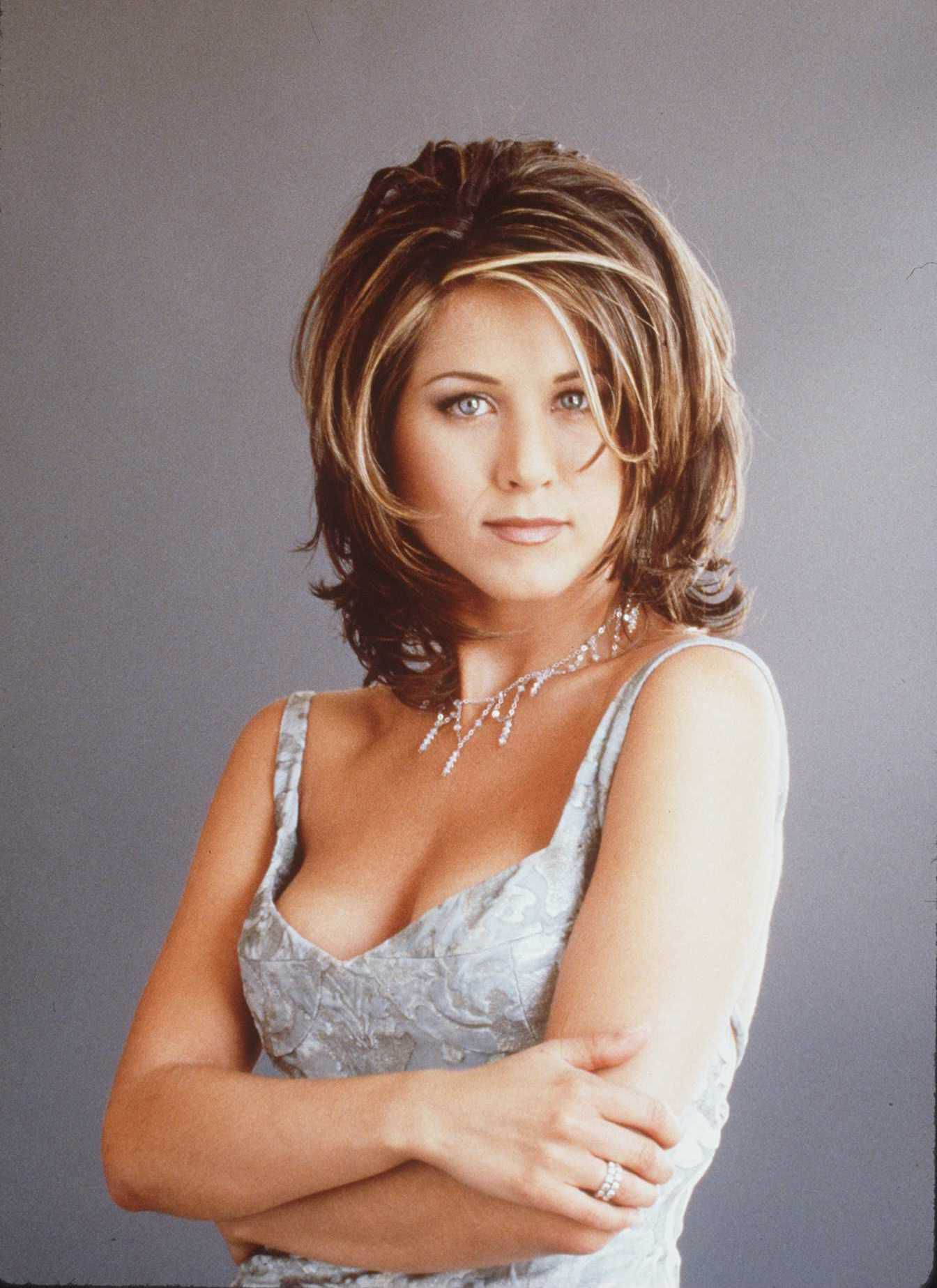 Jennifer Aniston's Best Hairstyles – Jennifer Aniston's Hair Through pertaining to Short Hairstyles With Feathered Sides