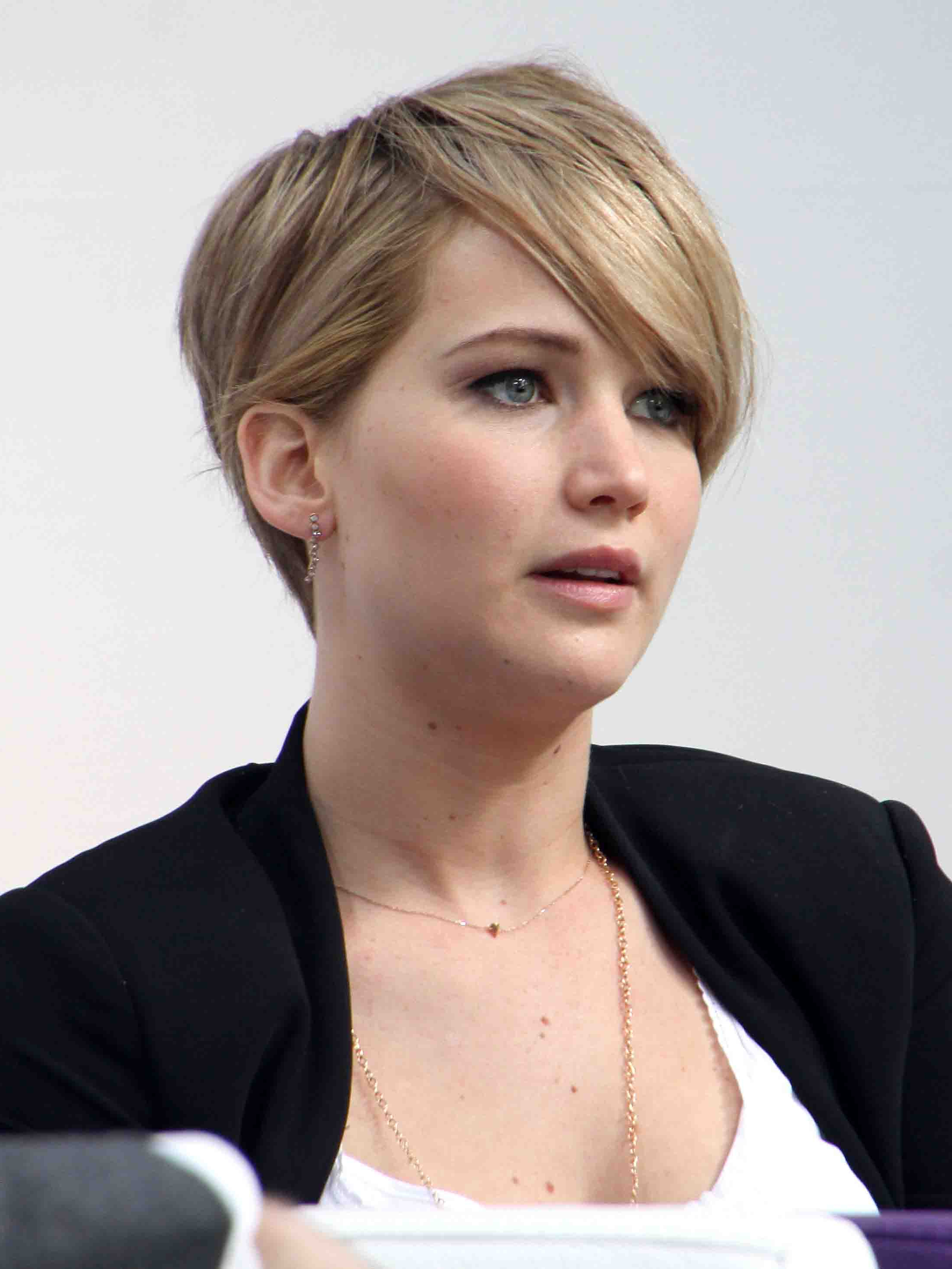 Jennifer Lawrence Hairstyles That Prove She Is The Ultimate Fashion Diva regarding Jennifer Lawrence Short Hairstyles