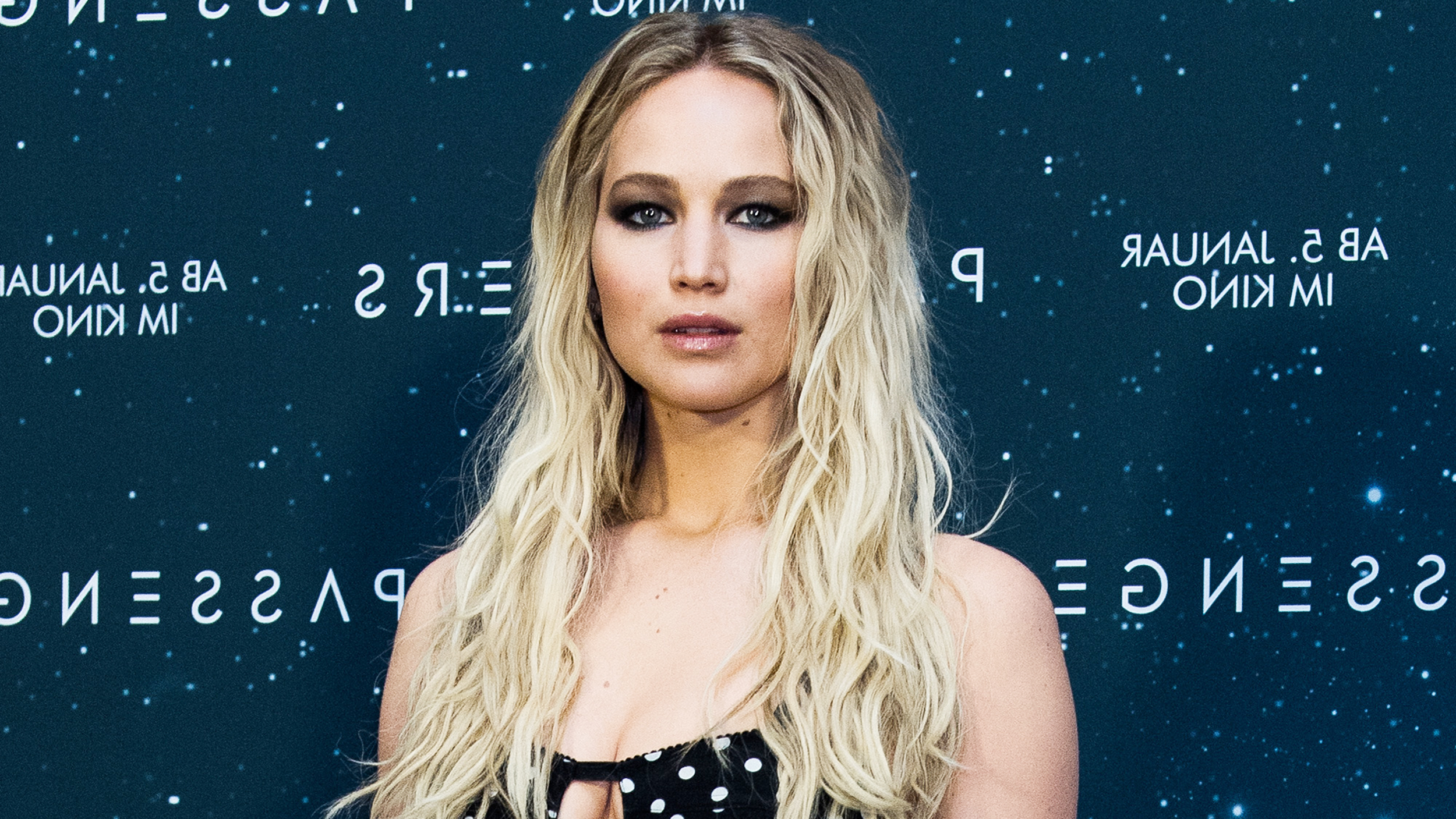 Jennifer Lawrence Has Bangs — See Her New Hairstyle intended for Jennifer Lawrence Short Hairstyles