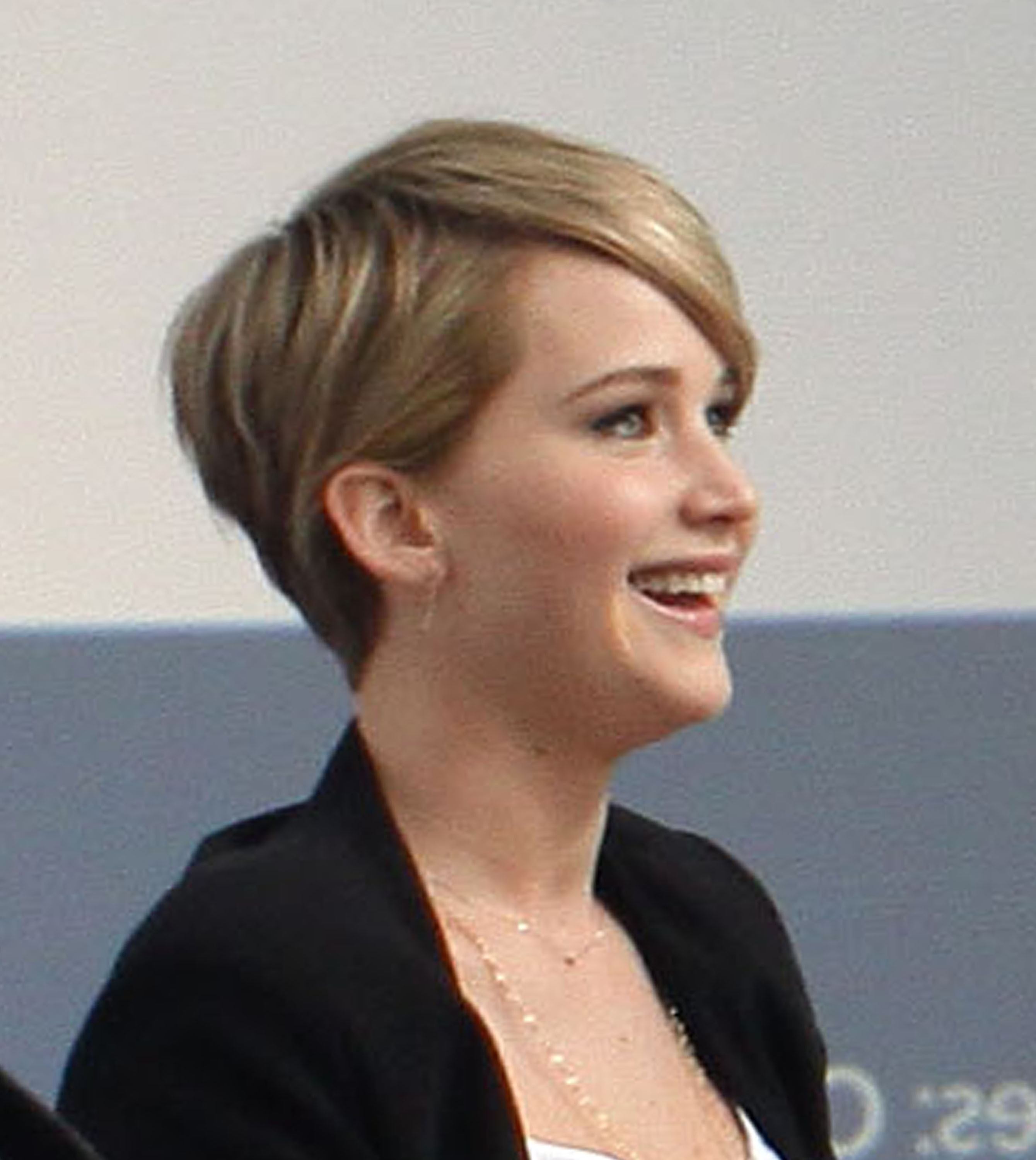 Jennifer Lawrence Shows Off Her Short Hair At Yahoo! Q&a – Jennifer Intended For Jennifer Lawrence Short Haircuts (View 8 of 25)