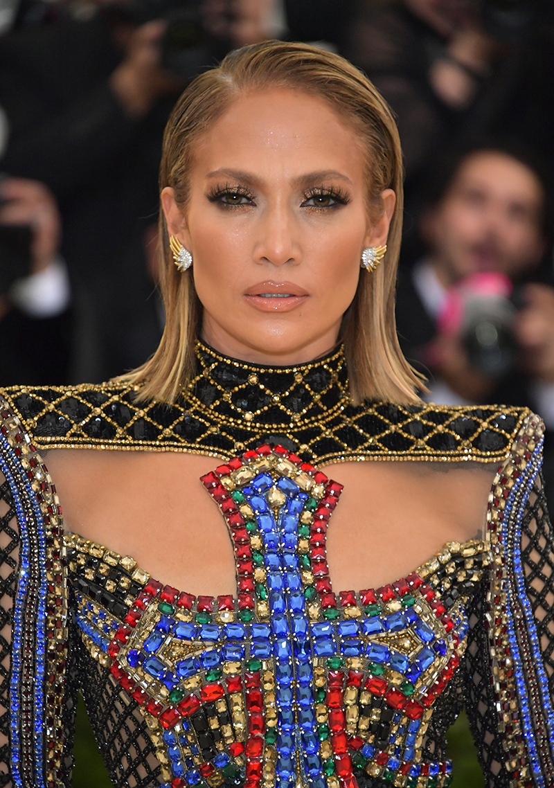 Jennifer Lopez Gets Short Haircut For Met Gala 2018 – Celebrity With Regard To Jennifer Lopez Short Haircuts (View 14 of 25)