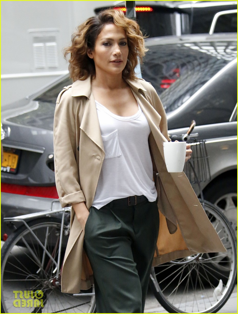 Jennifer Lopez Has That 'short Hair, Don't Care' Attitude: Photo Intended For Jennifer Lopez Short Haircuts (View 6 of 25)