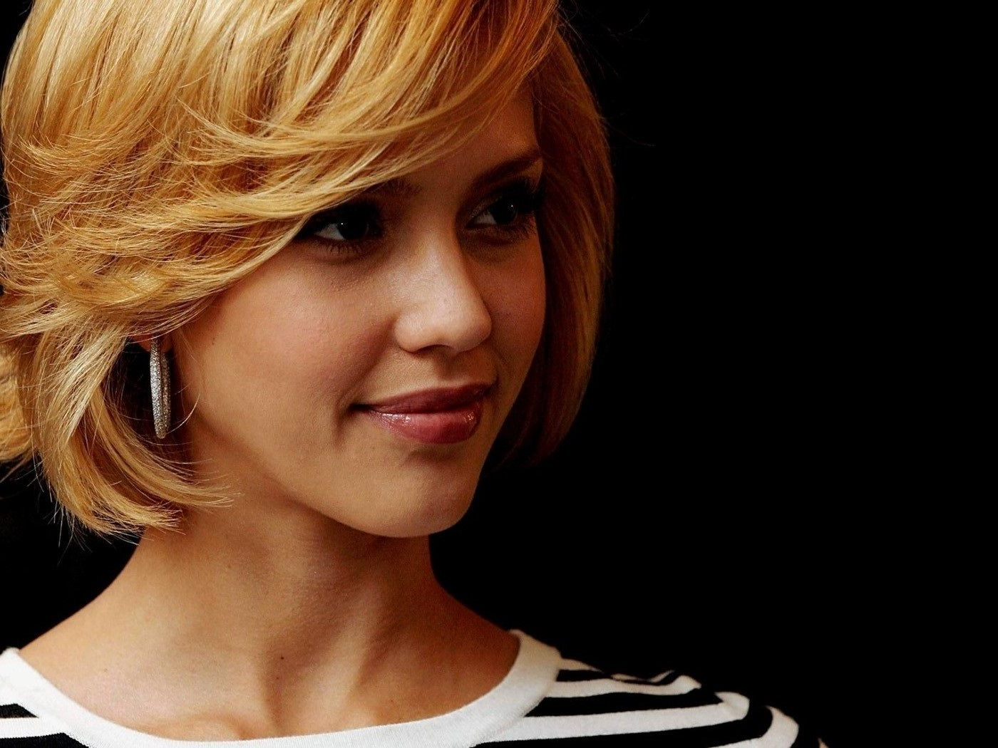 Jessica Alba Short Hair - Google Search | Hair | Pinterest | Hair for Jessica Alba Short Hairstyles