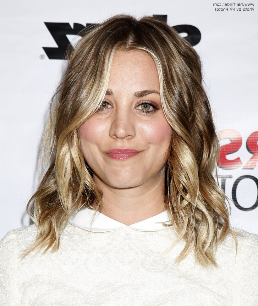 Kaley Cuoco | Fashionable Long Hair With Layers And Bright Highlights Within Kaley Cuoco Short Hairstyles (View 21 of 25)