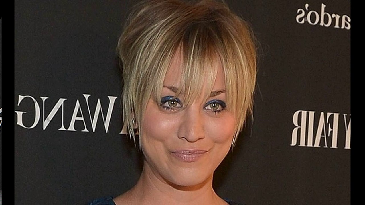 Kaley Cuoco Haircut Short – Youtube Pertaining To Kaley Cuoco Short Hairstyles (View 10 of 25)