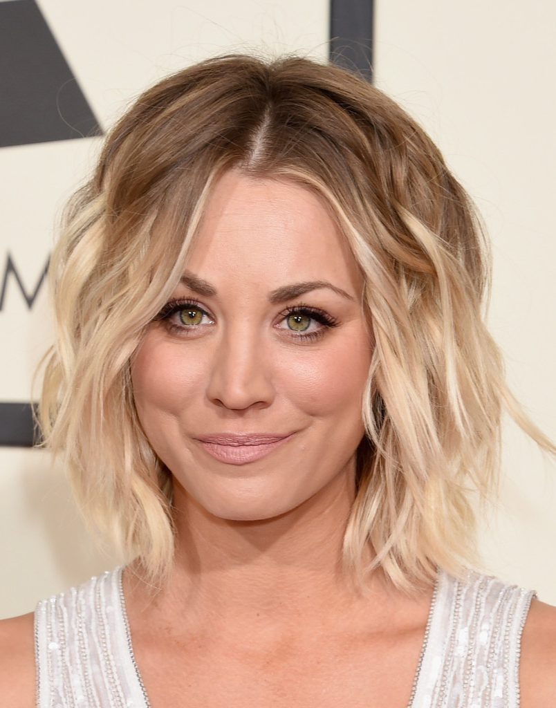Kaley Cuoco Short Wavy Cut – Kaley Cuoco Short Hairstyles Looks Intended For Kaley Cuoco New Short Haircuts (View 6 of 25)