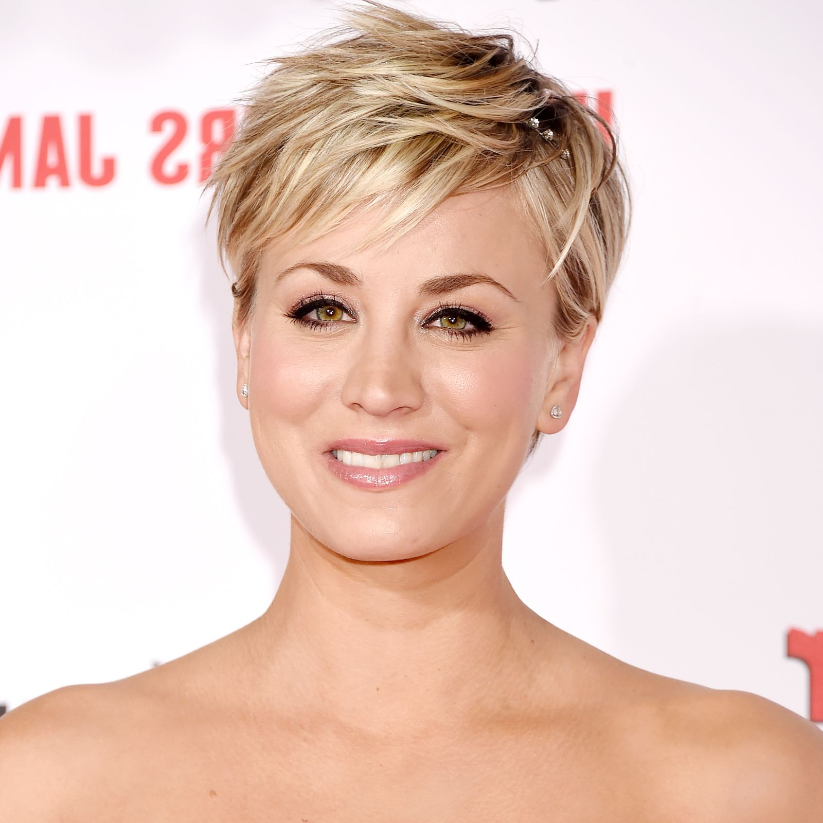 Kaley Cuoco's Beauty Transformation | Penny | Pinterest | Hair For Kaley Cuoco New Short Haircuts (View 12 of 25)
