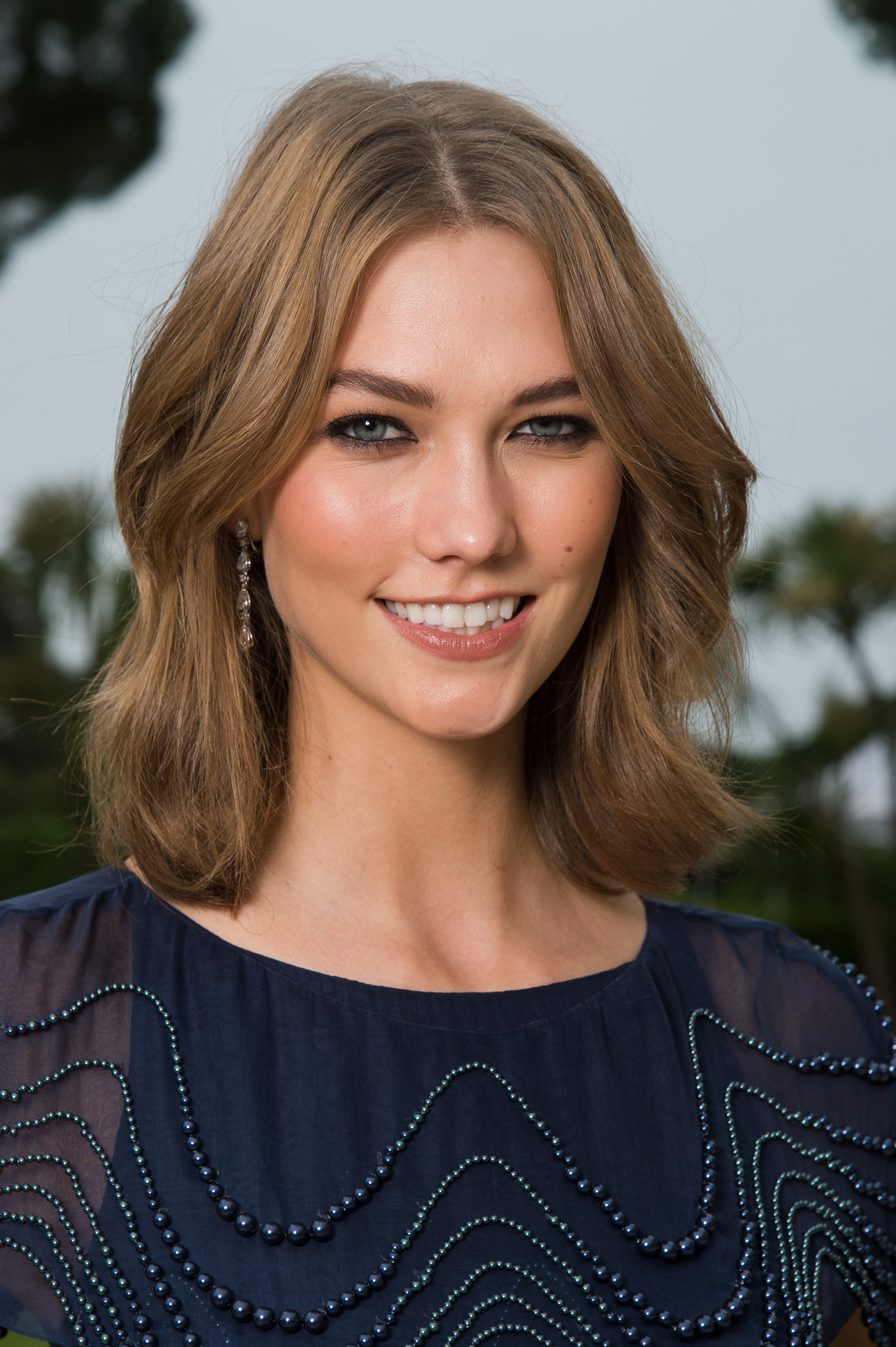 Karlie Kloss Short Hair   Uphairstyle Inside Karlie Kloss Short Haircuts (View 14 of 25)