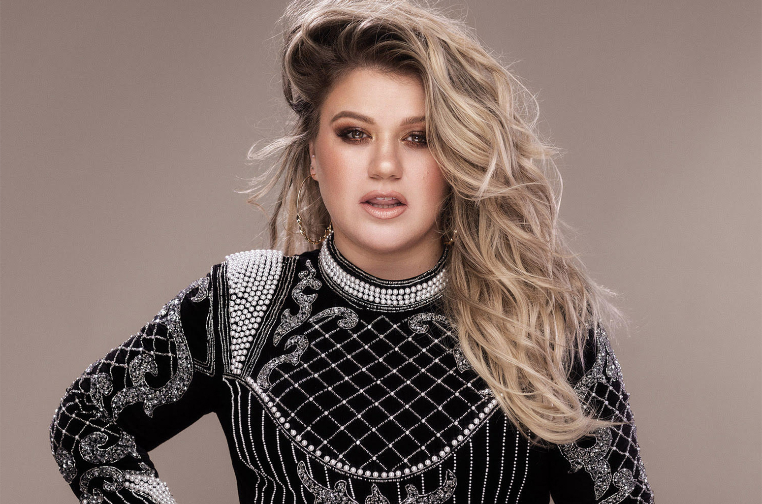 Kelly Clarkson Daytime Talk Show To Debut On Nbc Stations In Fall Throughout Kelly Clarkson Hairstyles Short (View 17 of 25)