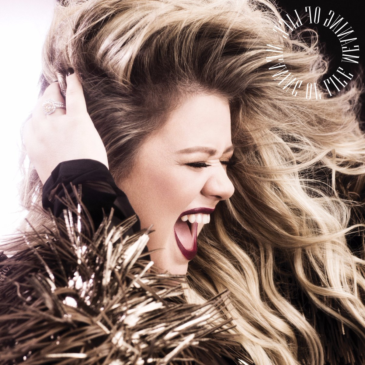 Kelly Clarkson (@kelly Clarkson) | Twitter Pertaining To Kelly Clarkson Hairstyles Short (View 19 of 25)