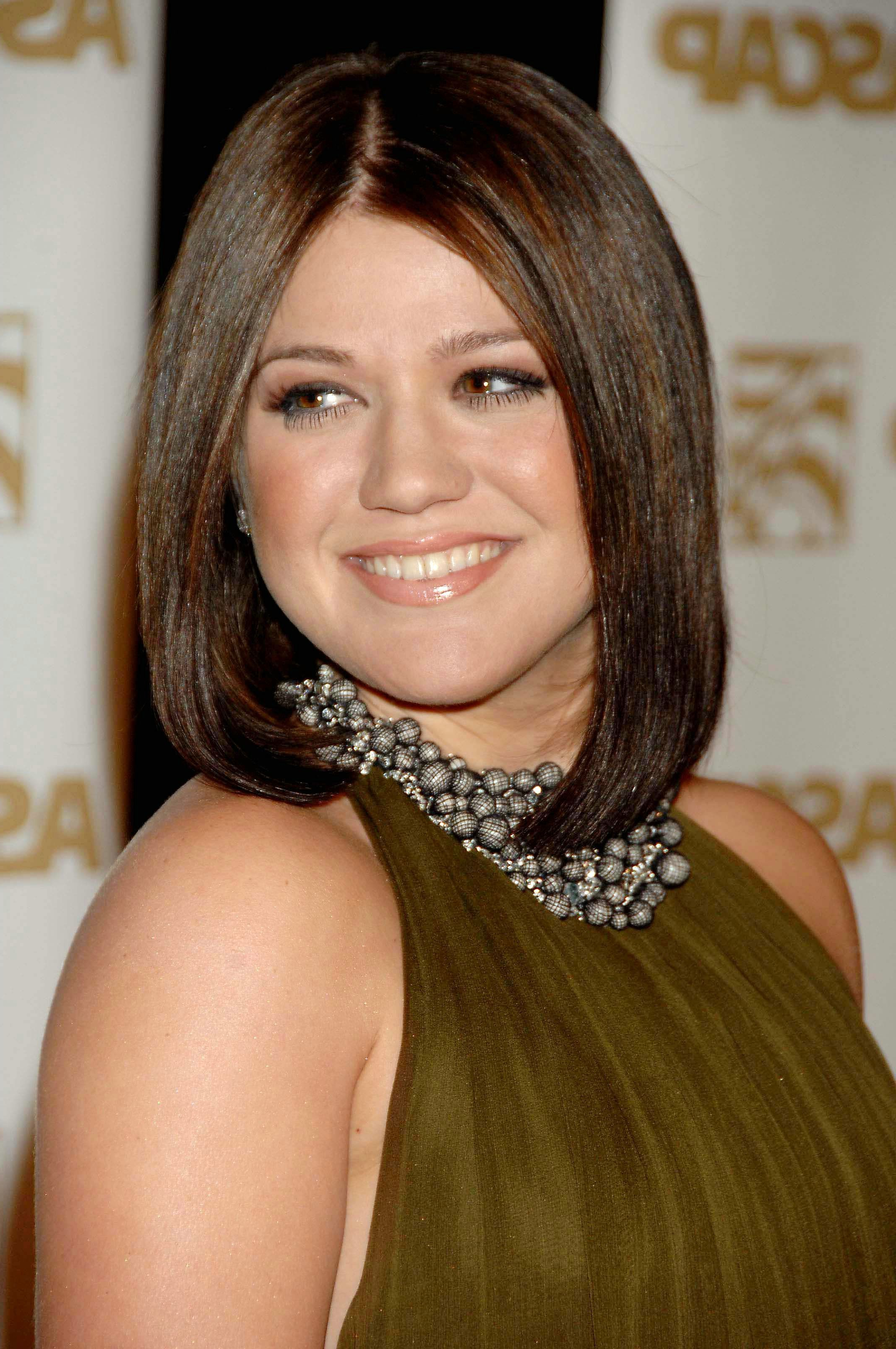 Kelly Clarkson | Long Haircute Hairstyles Cut | Pinterest | Hair Intended For Kelly Clarkson Short Hairstyles (View 11 of 25)