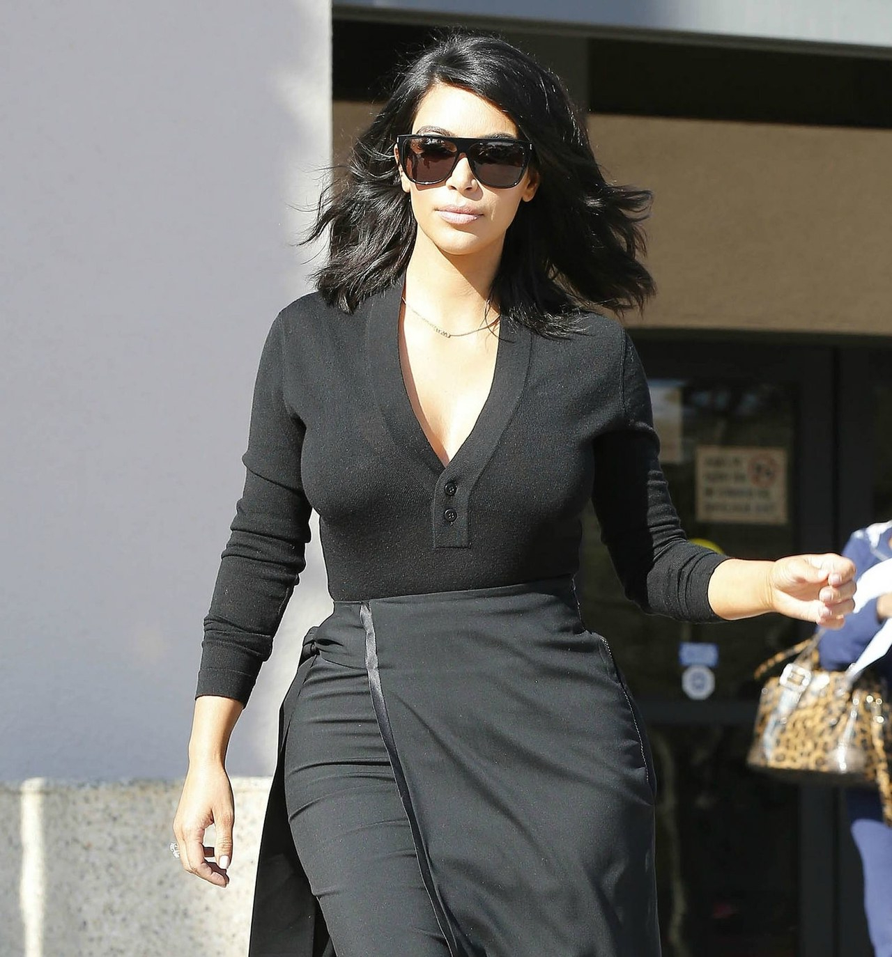 Kim Kardashian Debuts Shortest Haircut Ever | Glamour For Kim Kardashian Short Haircuts (View 16 of 25)