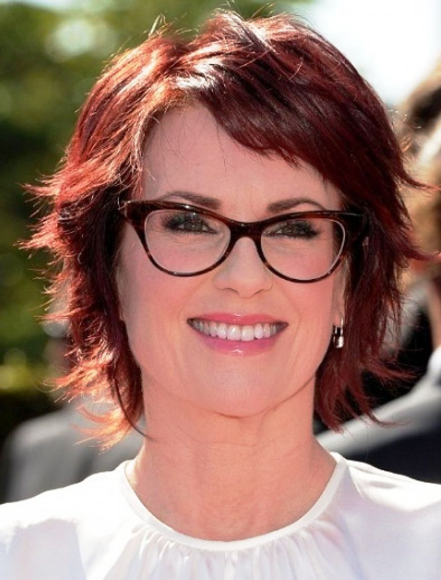 Ladies With Gray Hair And Glasses Can Pull Off A Great Hairstyle For Short Hairstyles For Ladies With Glasses (View 11 of 25)