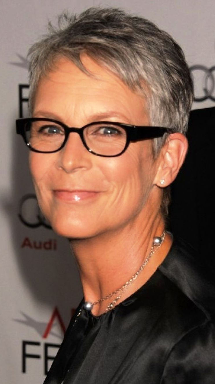 Ladies With Gray Hair And Glasses Can Pull Off A Great Hairstyle Inside Short Haircuts For Women With Glasses (View 11 of 25)