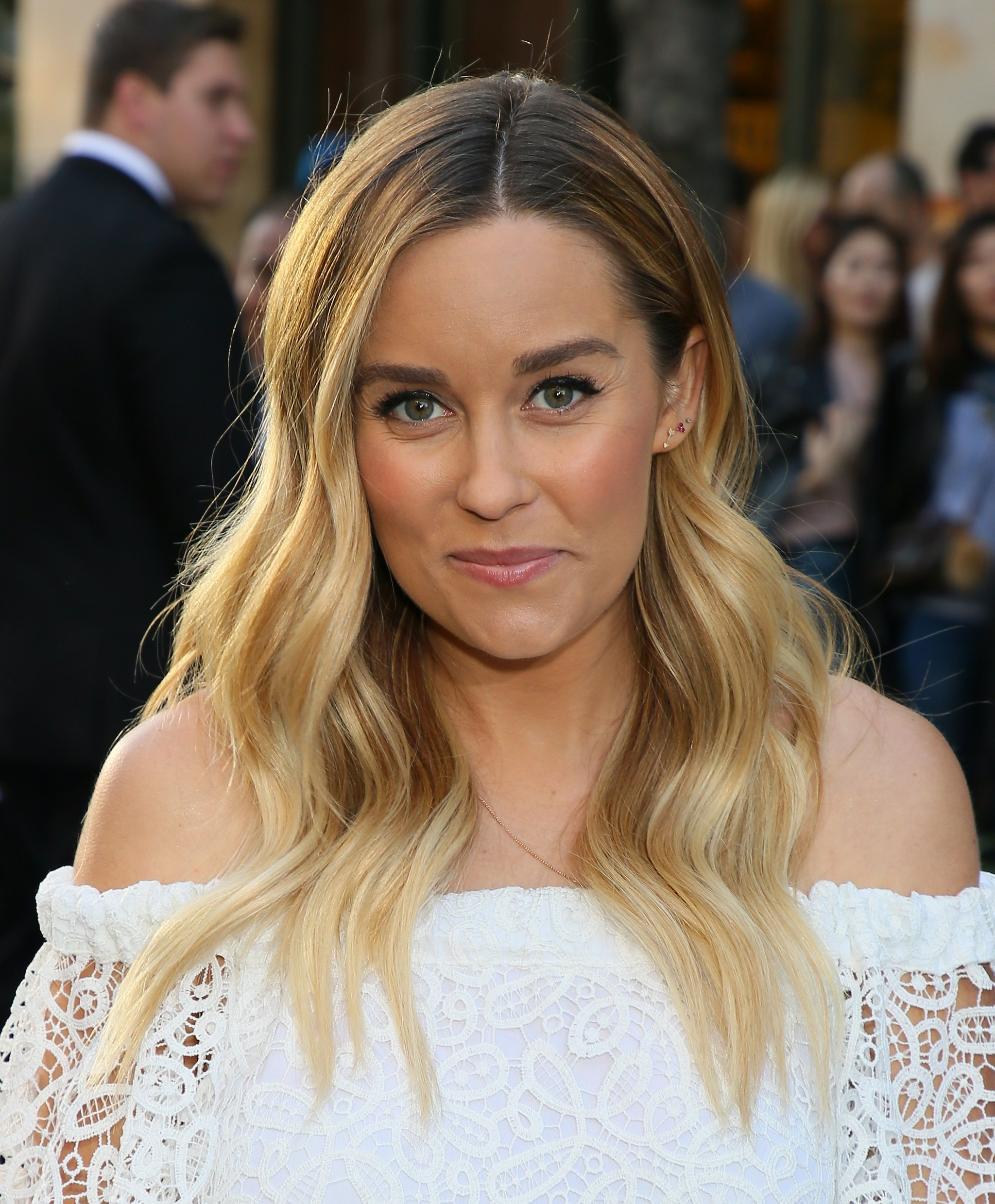 Lauren Conrad Short Bob Hairstyle December 2017 | Popsugar Beauty Throughout Lauren Conrad Short Hairstyles (View 8 of 25)