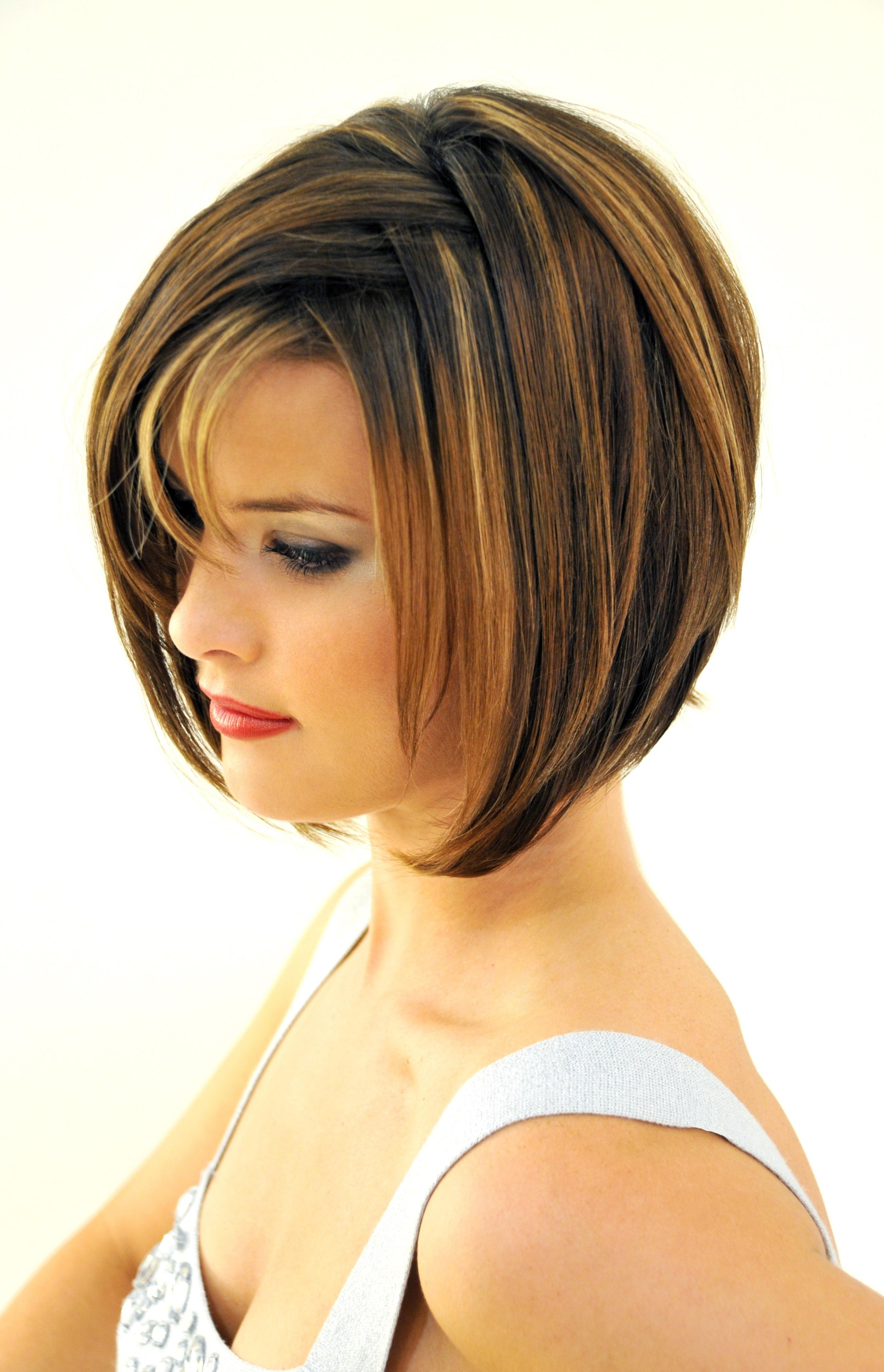 Layered Bob Haircuts With Bangs – Leymatson Pertaining To Short Haircuts With Bangs And Layers (View 16 of 25)