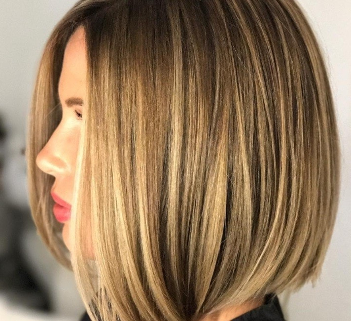 Layered Bob Hairstyles: 10 Stunning Examples Of How To Rock A With Wavy Bronde Bob Shag Haircuts (View 11 of 25)