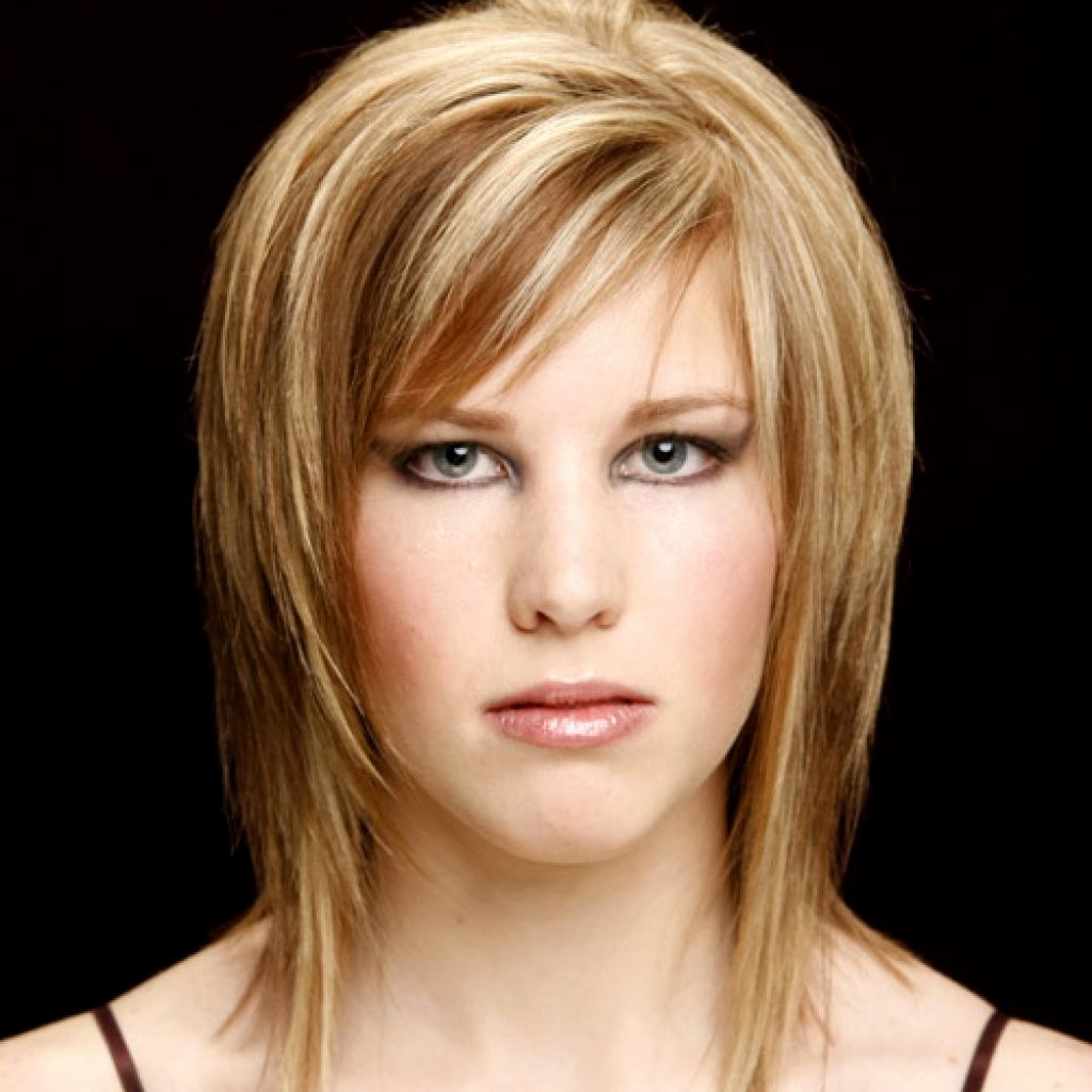 Layered Bob Hairstyles With Side Bangs Short Layered Haircuts With Regarding Short Haircuts With Bangs And Layers (View 23 of 25)