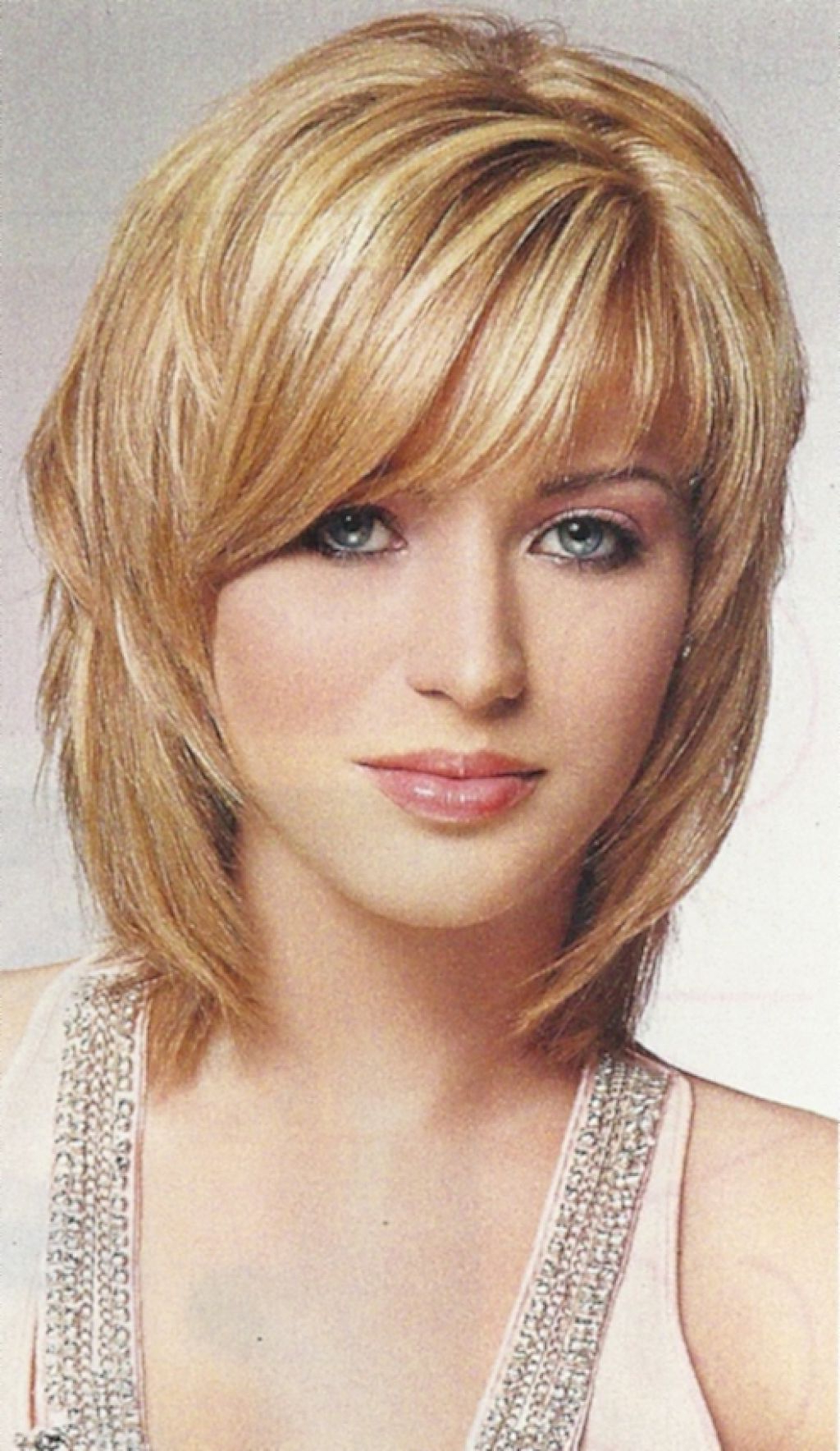 Medium Haircut Ideas – Hairstyle For Women & Man Inside Medium Short Hairstyles Round Faces (View 19 of 25)