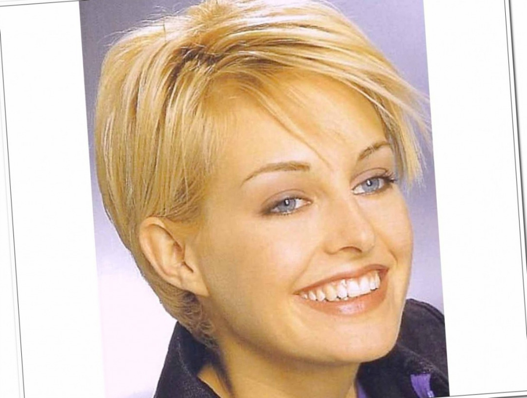 Medium Hairstyles Over 50 | Best Hairstyles And Haircuts For Women In Short Women Hairstyles Over  (View 17 of 25)
