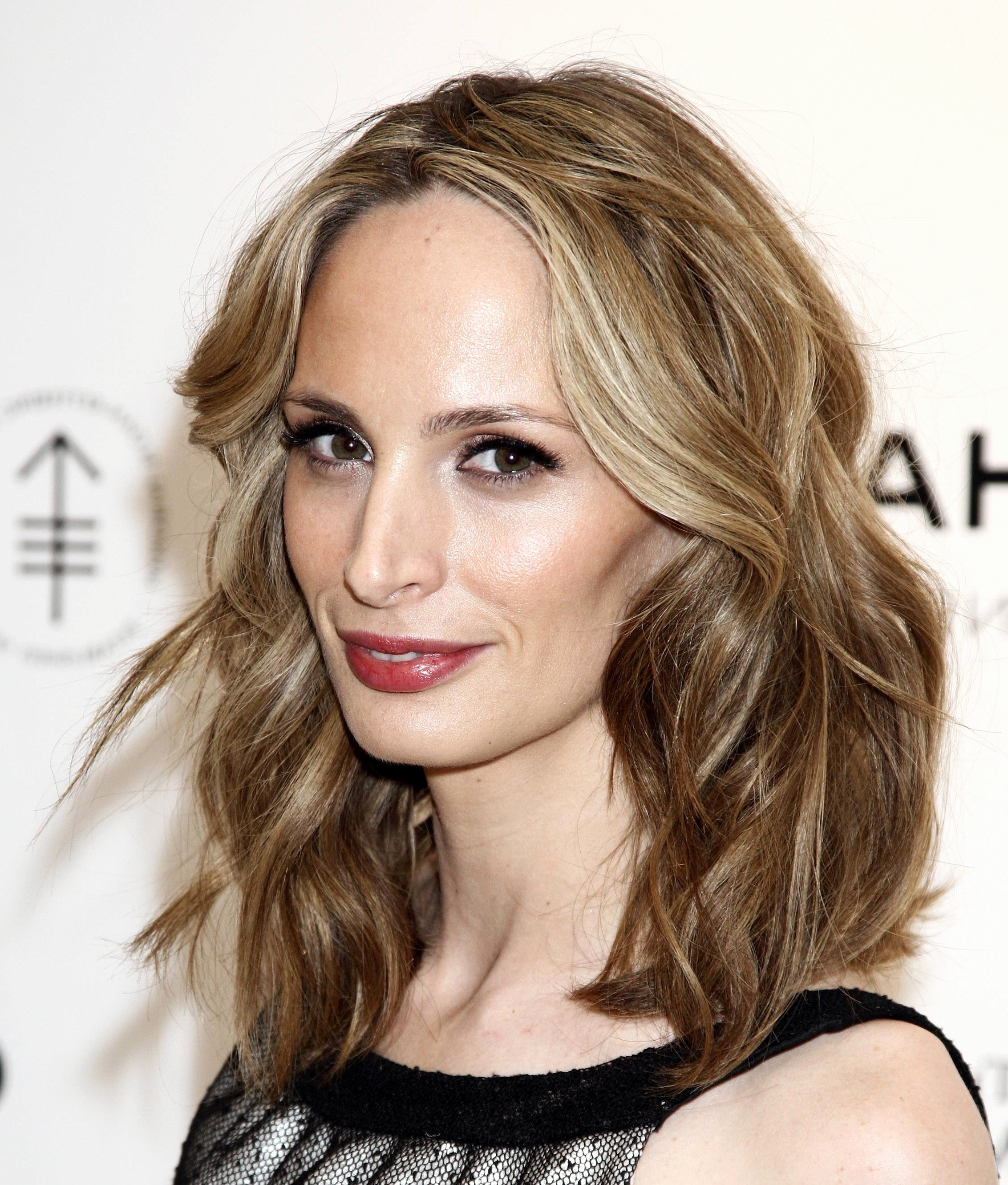 Medium Length Hair Colors Shoulder Length Hairstyles And Color Fresh Regarding Short Shoulder Length Hairstyles For Women (View 16 of 25)