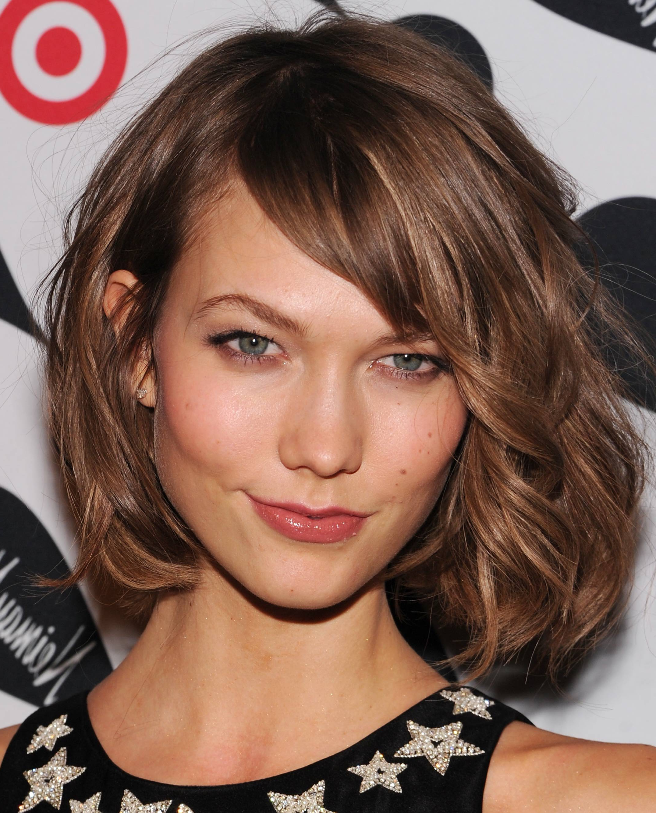 Medium Length Haircuts With Bangs And Layers – Women Hairstyles Inside Short Haircuts Side Swept Bangs (View 14 of 25)