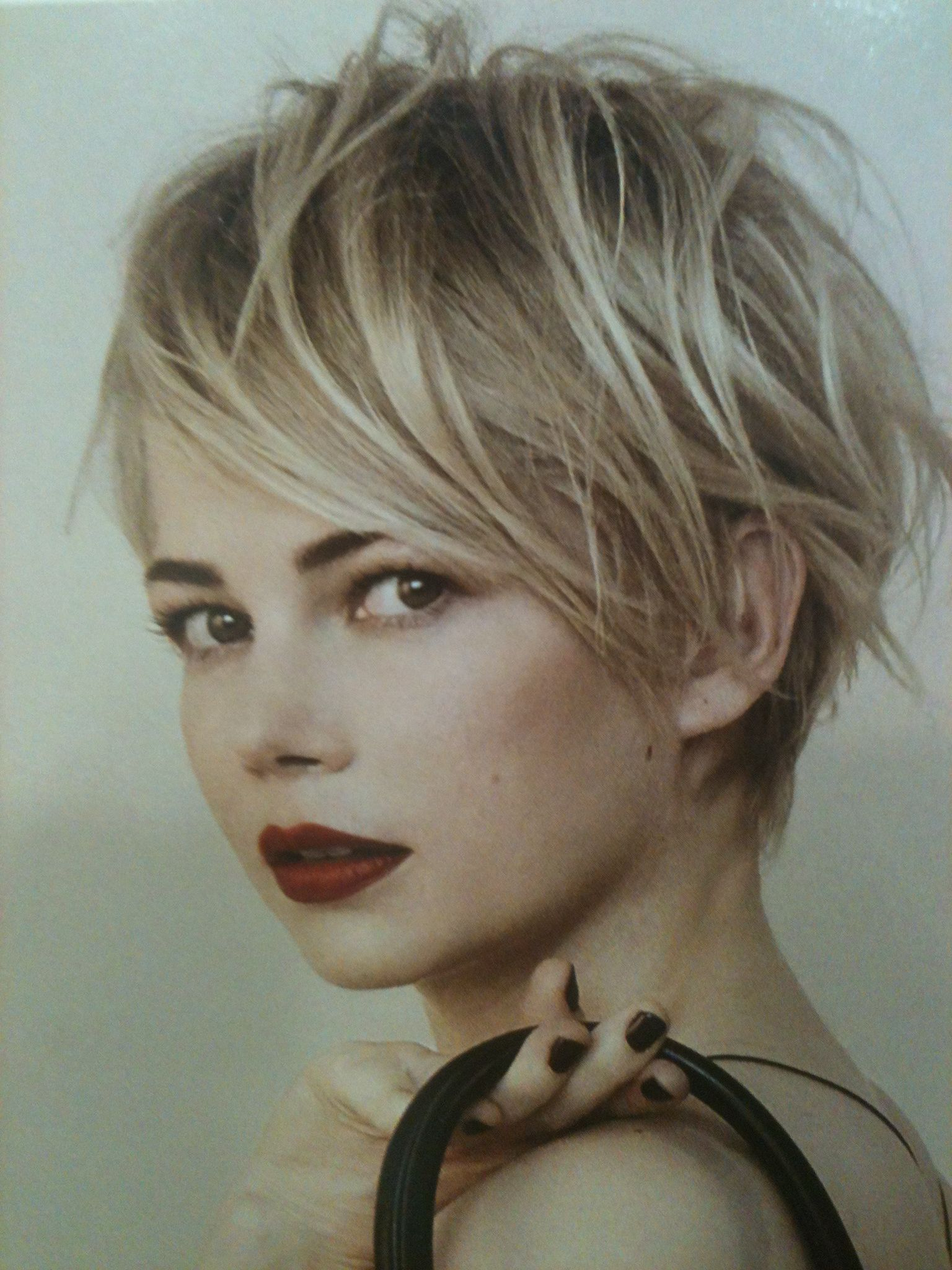 Michelle Williams, Love Her Hair | Short Cuts In 2018 | Pinterest With Short Haircuts With Long Fringe (View 9 of 25)