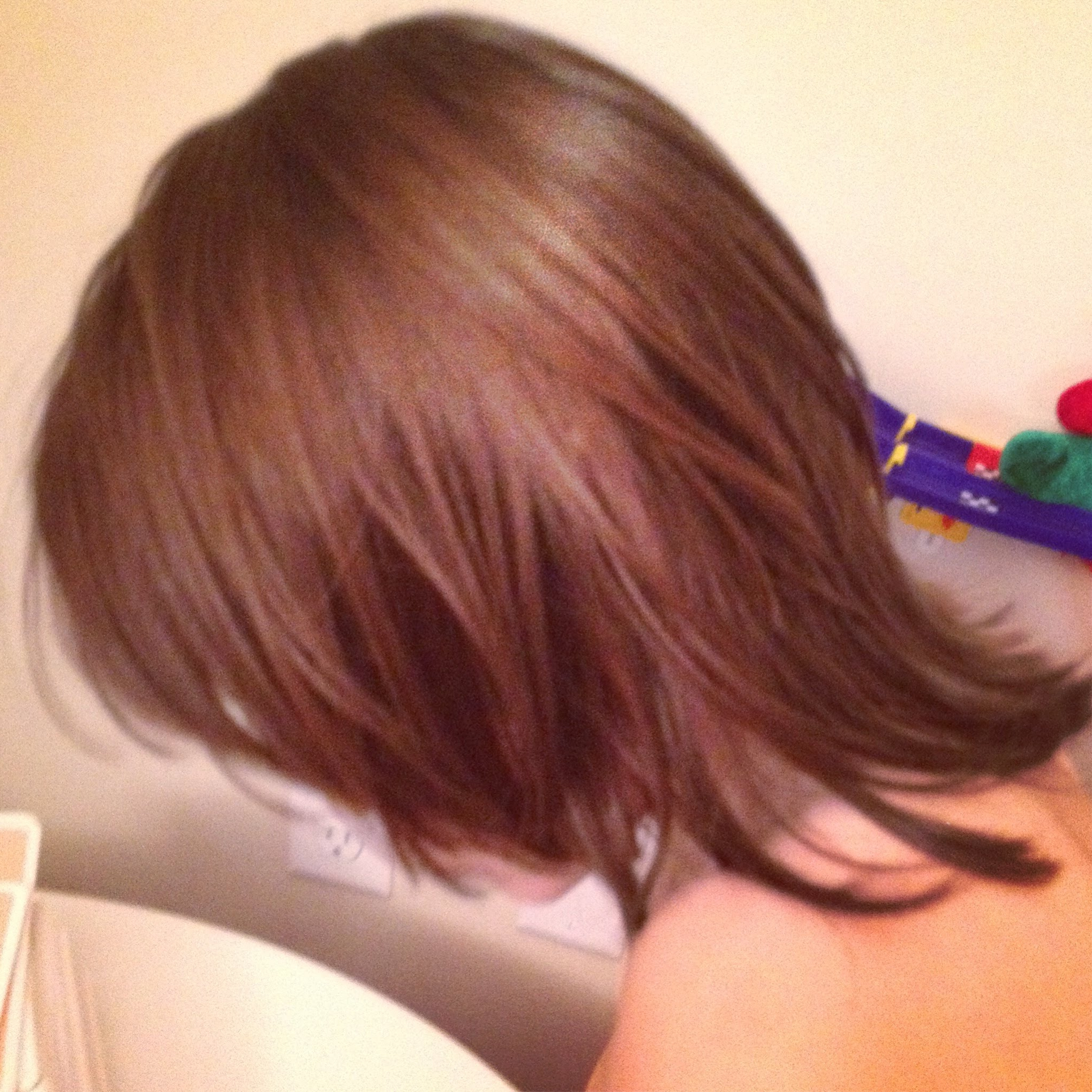 Mid Back Length Layered Hair Images Pertaining To V Shaped Layered Short Haircuts (View 20 of 25)