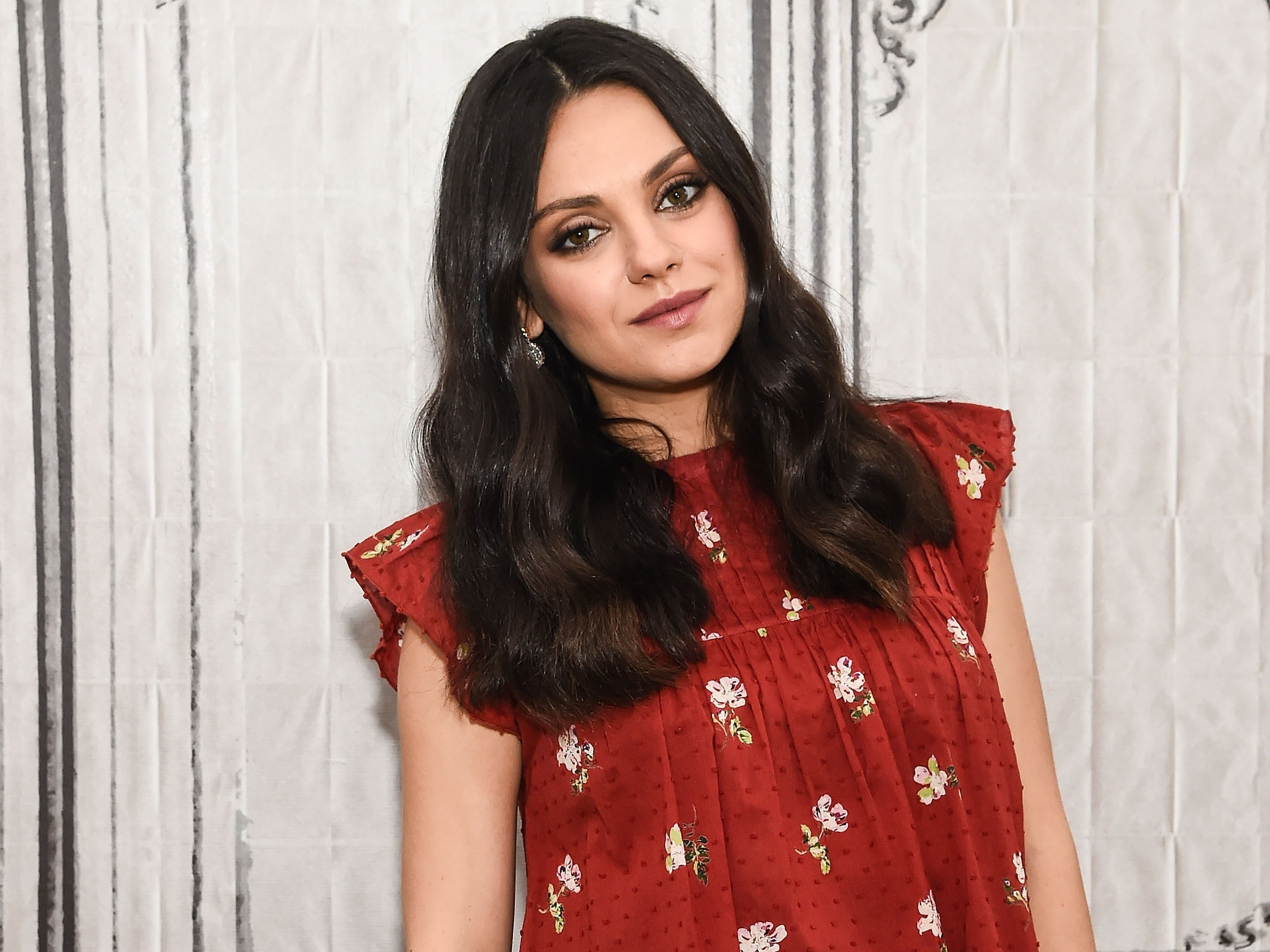Mila Kunis Got A Chic, Angled Bob Haircut: See Photos – Allure Pertaining To Mila Kunis Short Hairstyles (View 9 of 25)