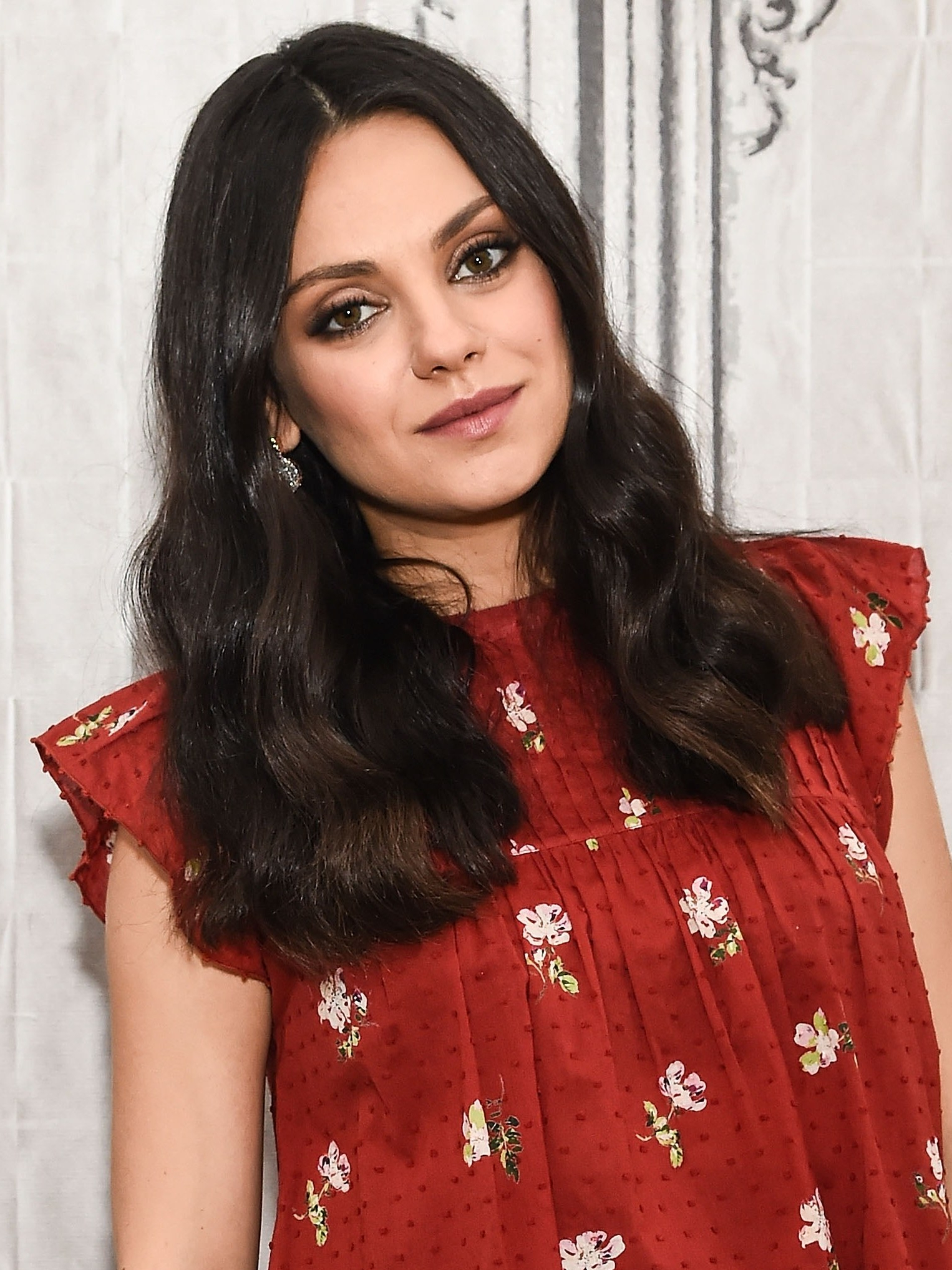 Mila Kunis Got A Chic, Angled Bob Haircut: See Photos – Allure With Mila Kunis Short Hairstyles (View 23 of 25)