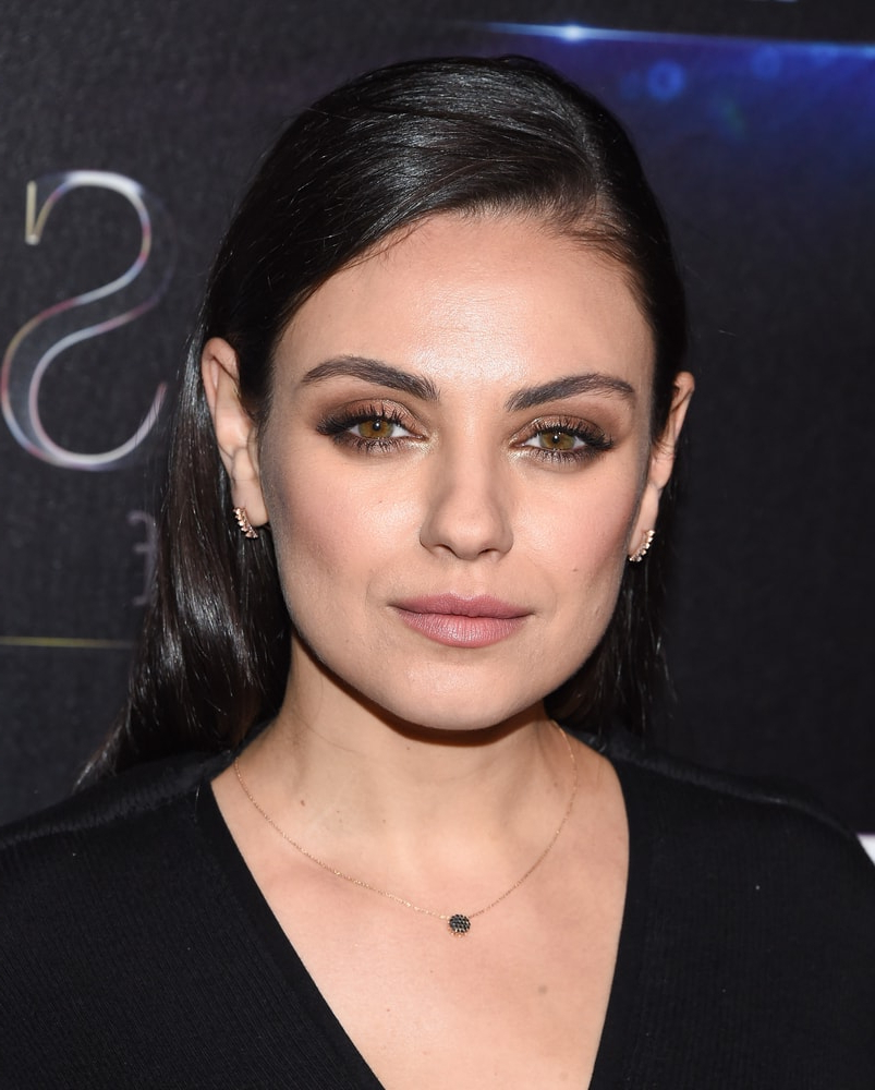 Mila Kunis' Hairstyles Over The Years – Headcurve – A Beauty Magazine Inside Mila Kunis Short Hairstyles (View 14 of 25)