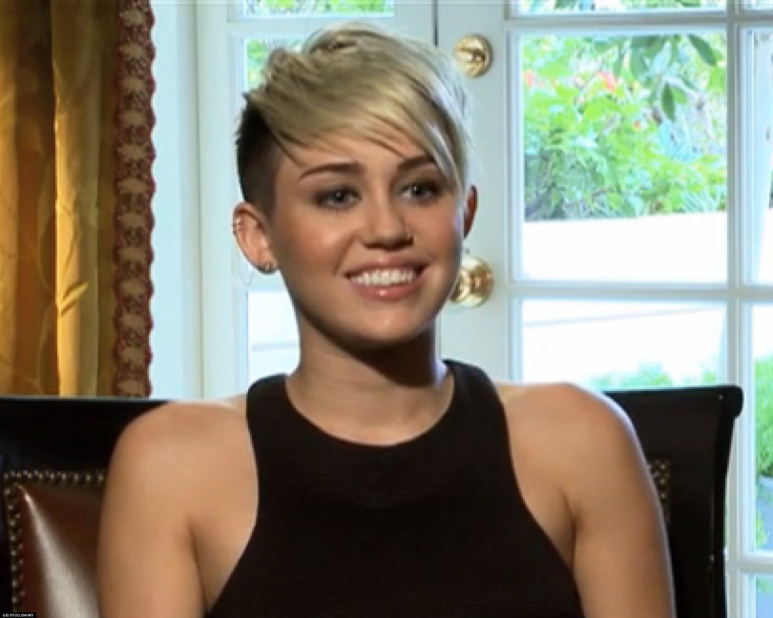 Miley Cyrus' Short Hair Is Here To Stay: 'i Could Never See Myself In Miley Cyrus Short Haircuts (View 18 of 25)